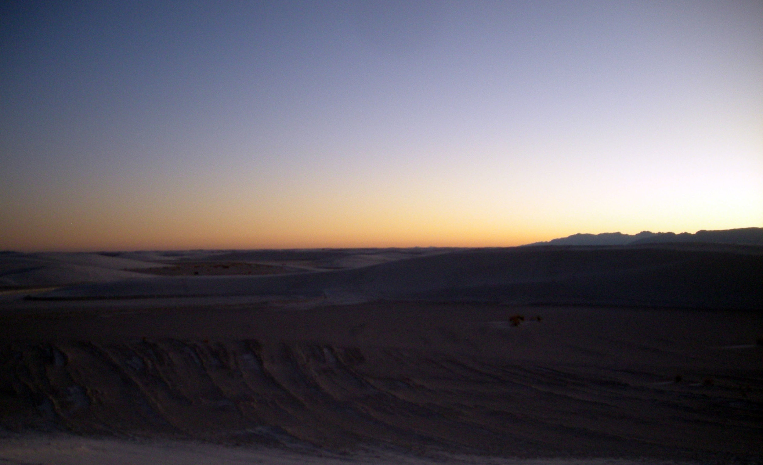 White Sands NM at sunset.jpg