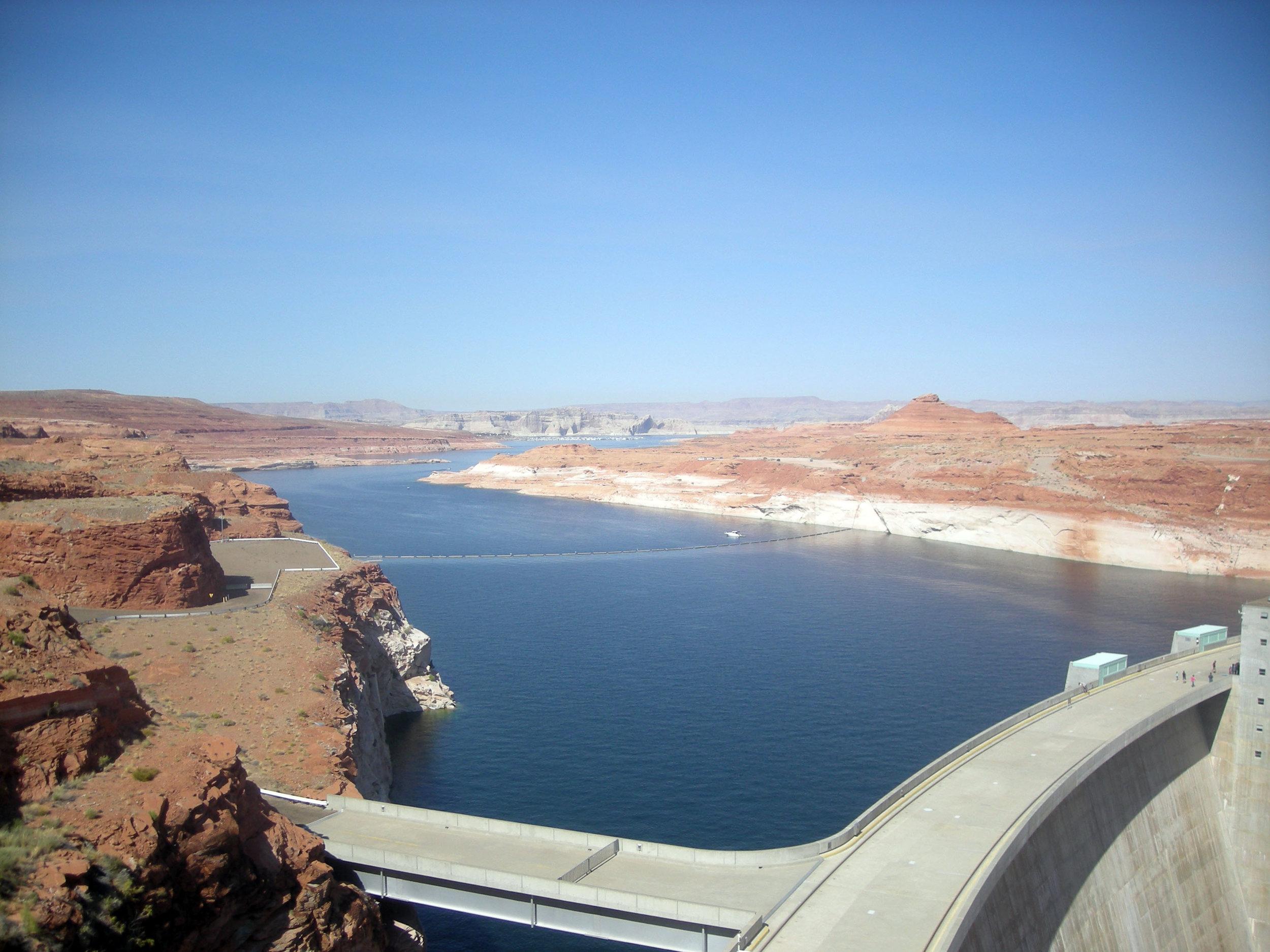 Glen Canyon dam.jpg