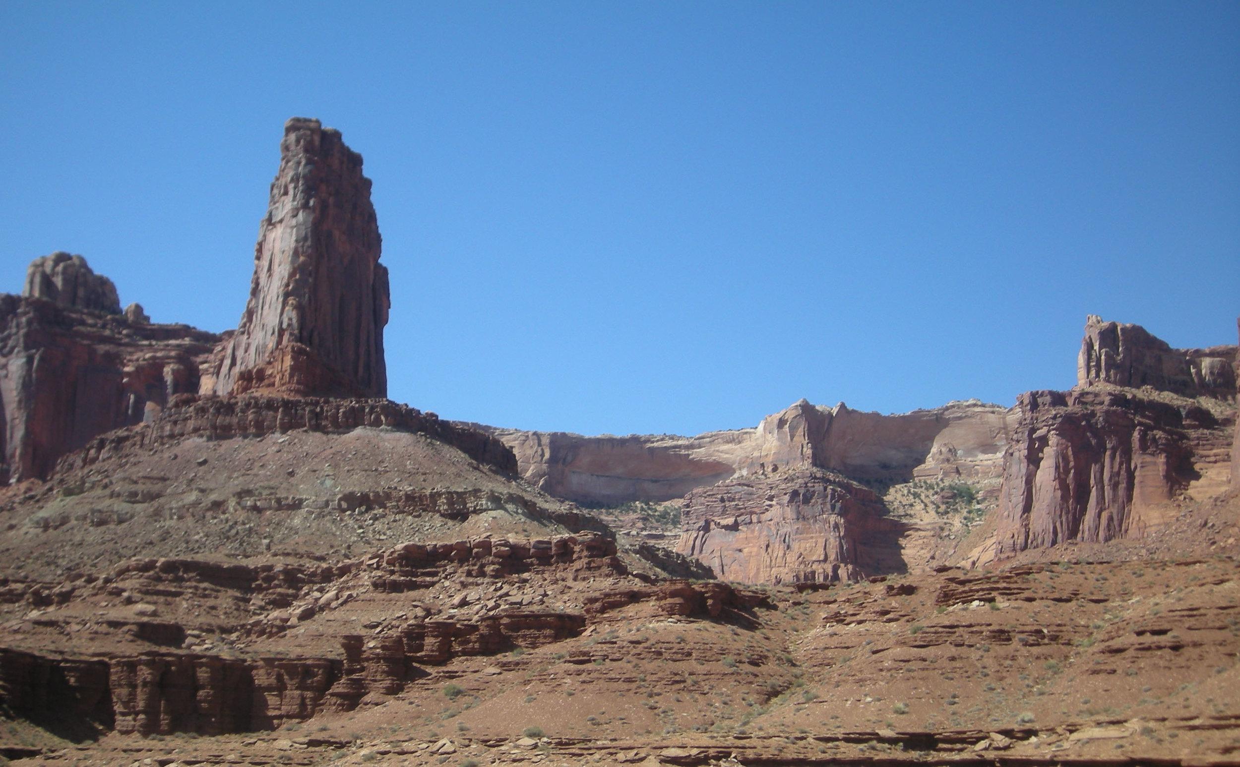 canyon floor Lathrop trail.jpg