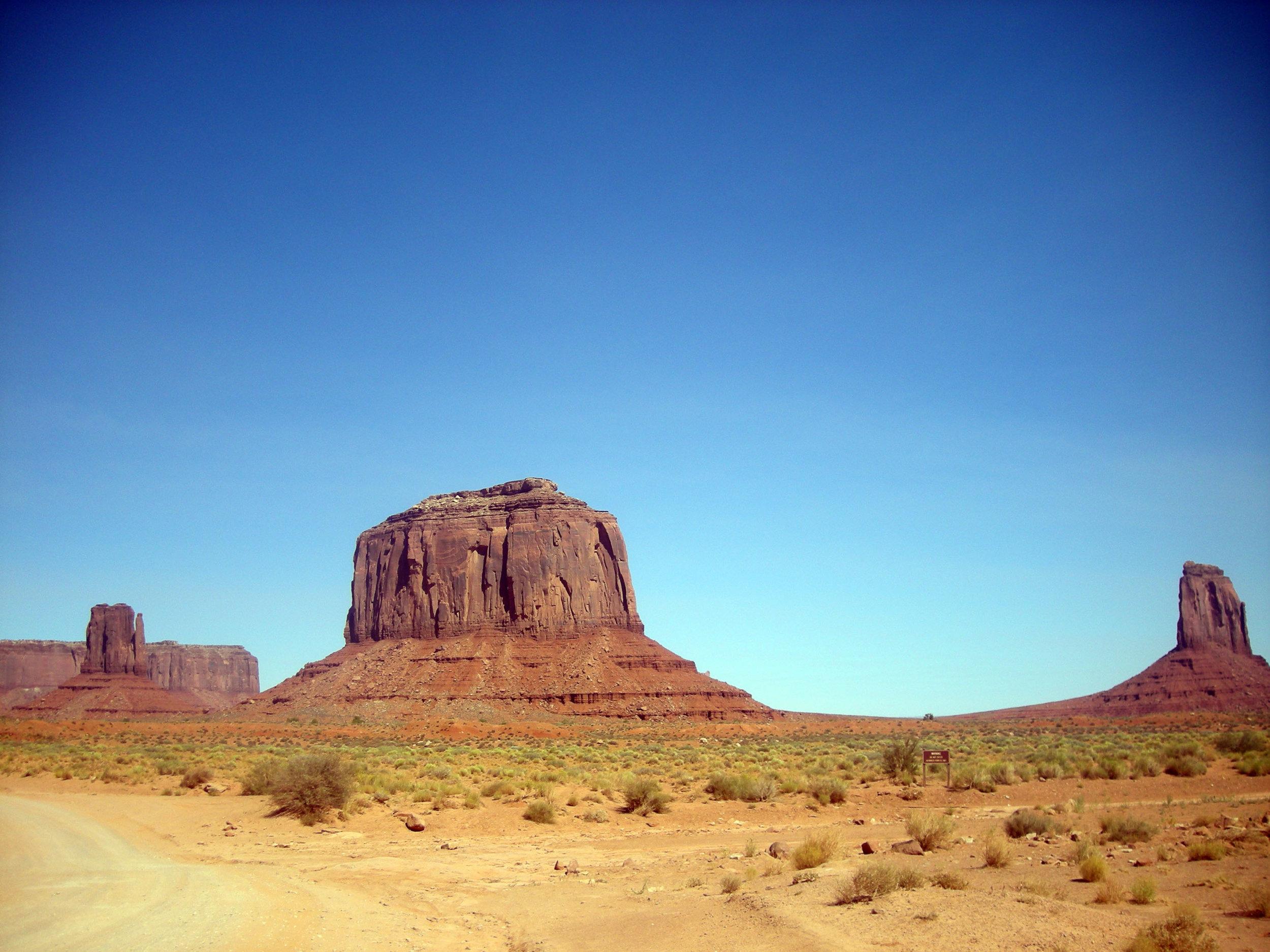 Monument Valley scenic loop.jpg