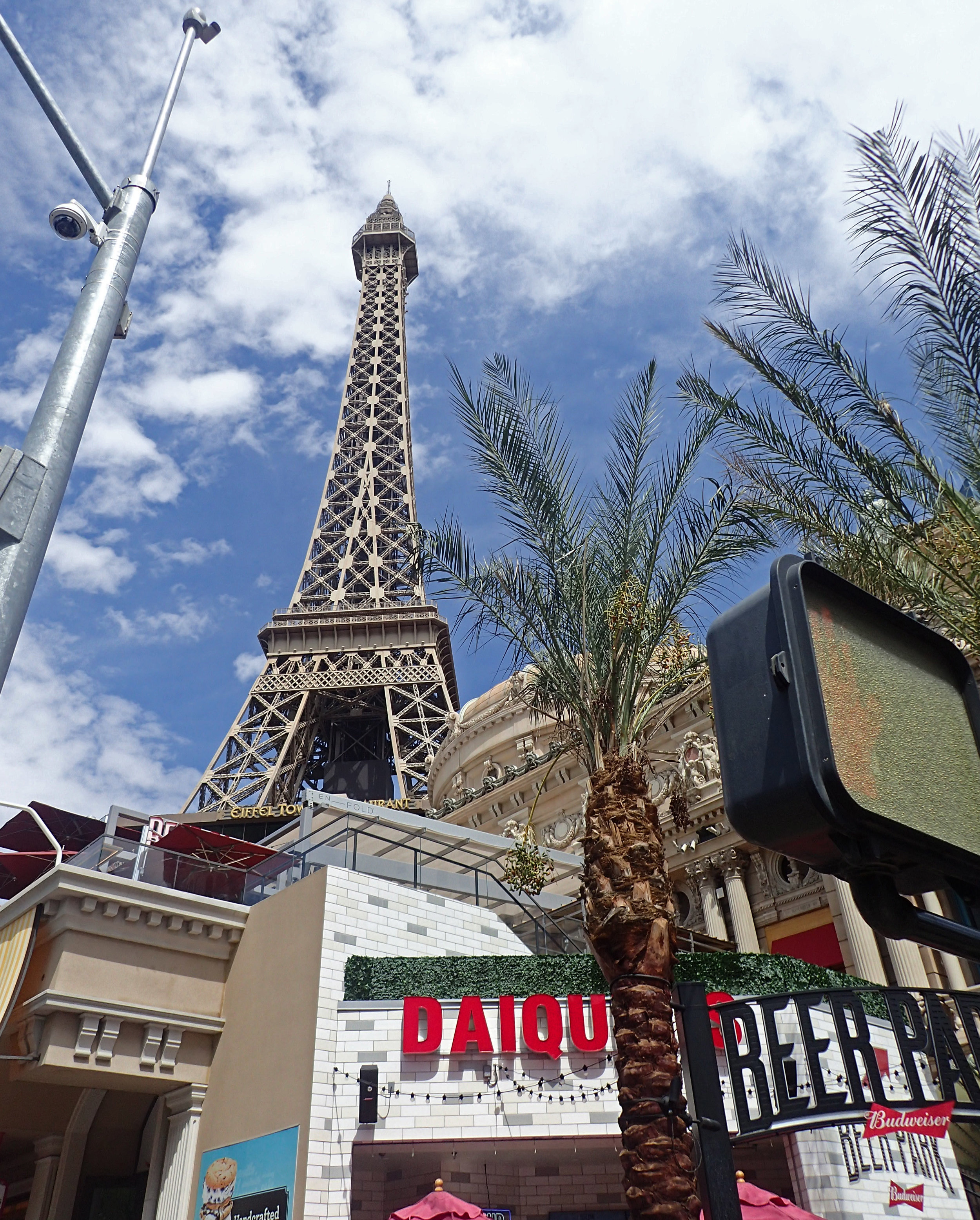last stroll down Las Vegas Blvd.jpg