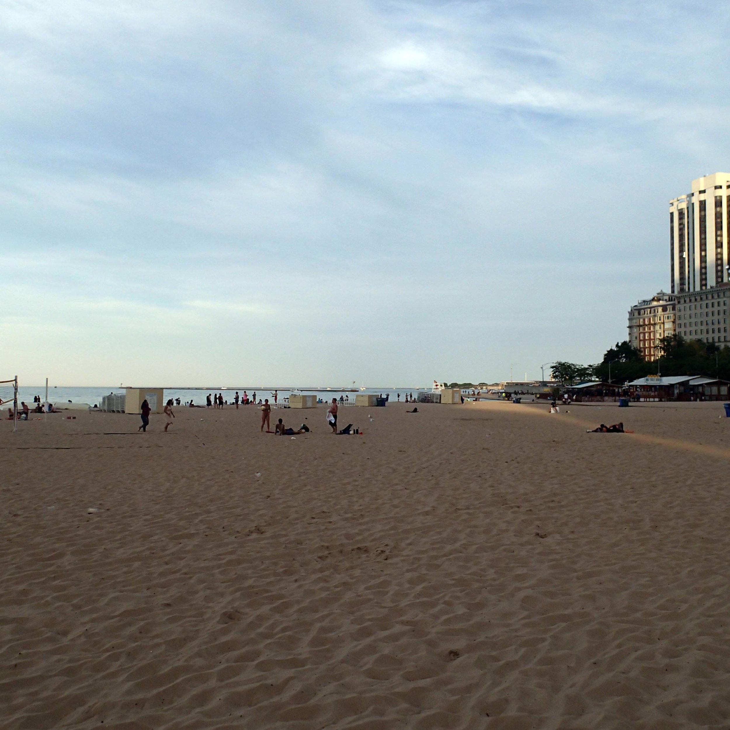 Chicago's beach.jpg