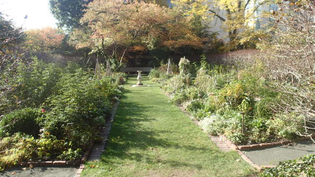 Shakespeare Garden.jpg