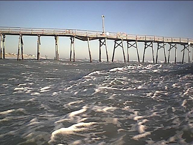 in the water oceanna pier 1-20-03.JPG
