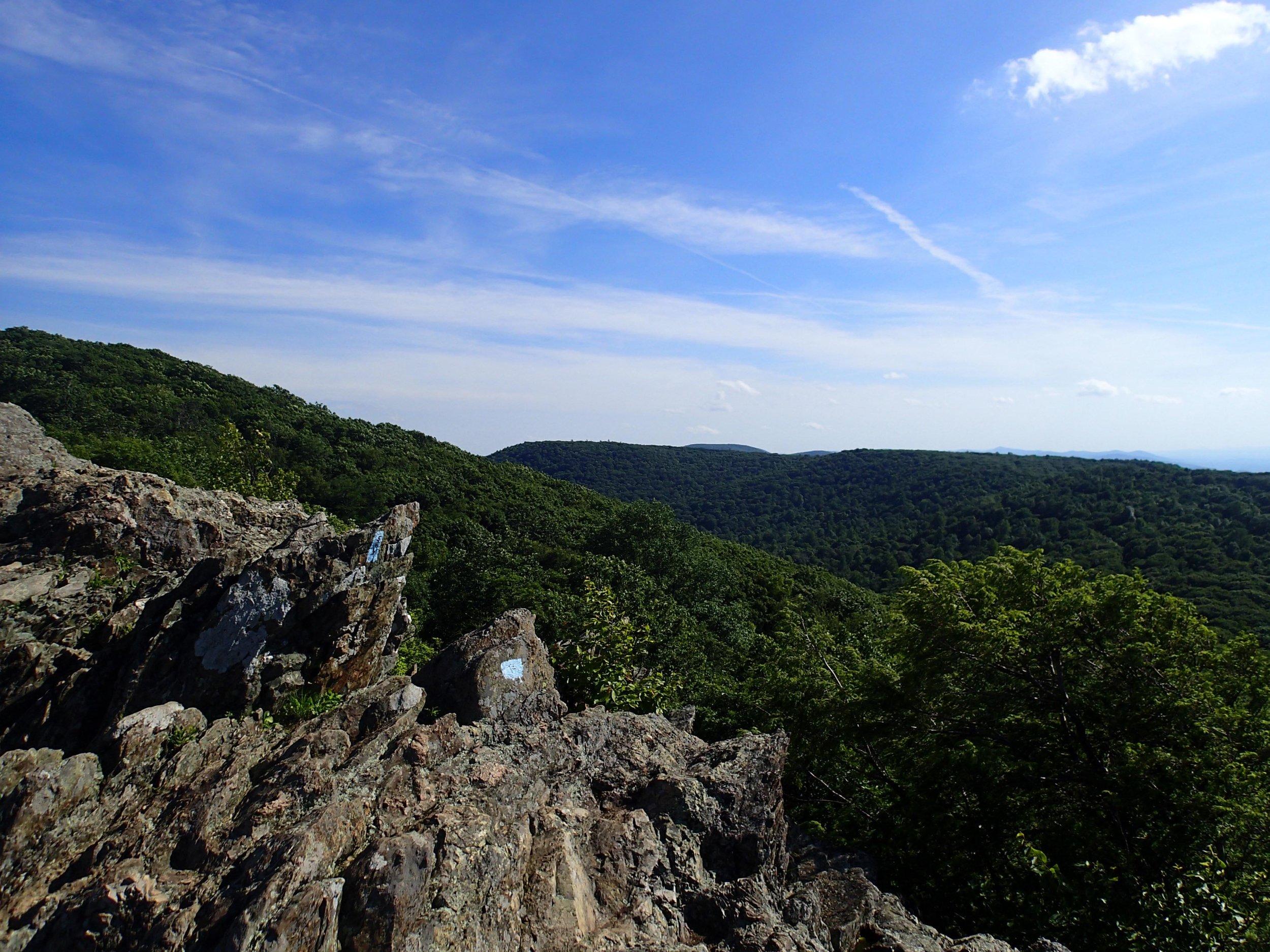 Bearfence Mountain trail.jpg