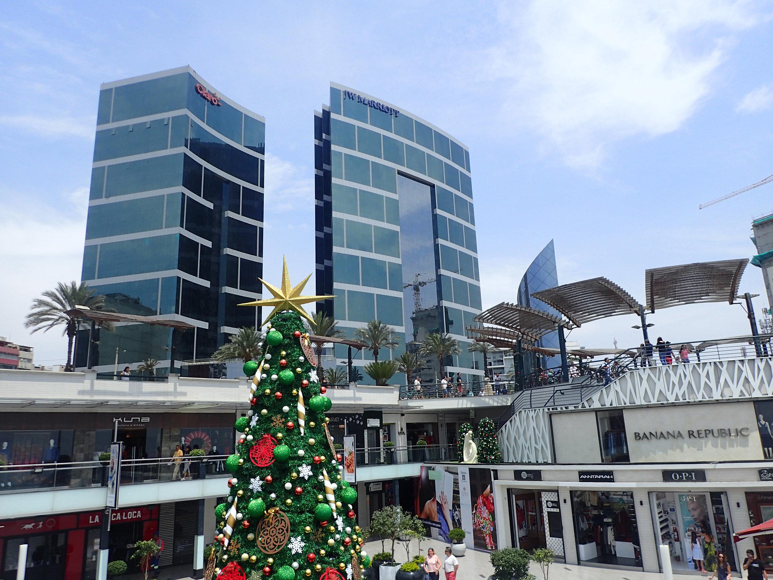 seaside mall.jpg