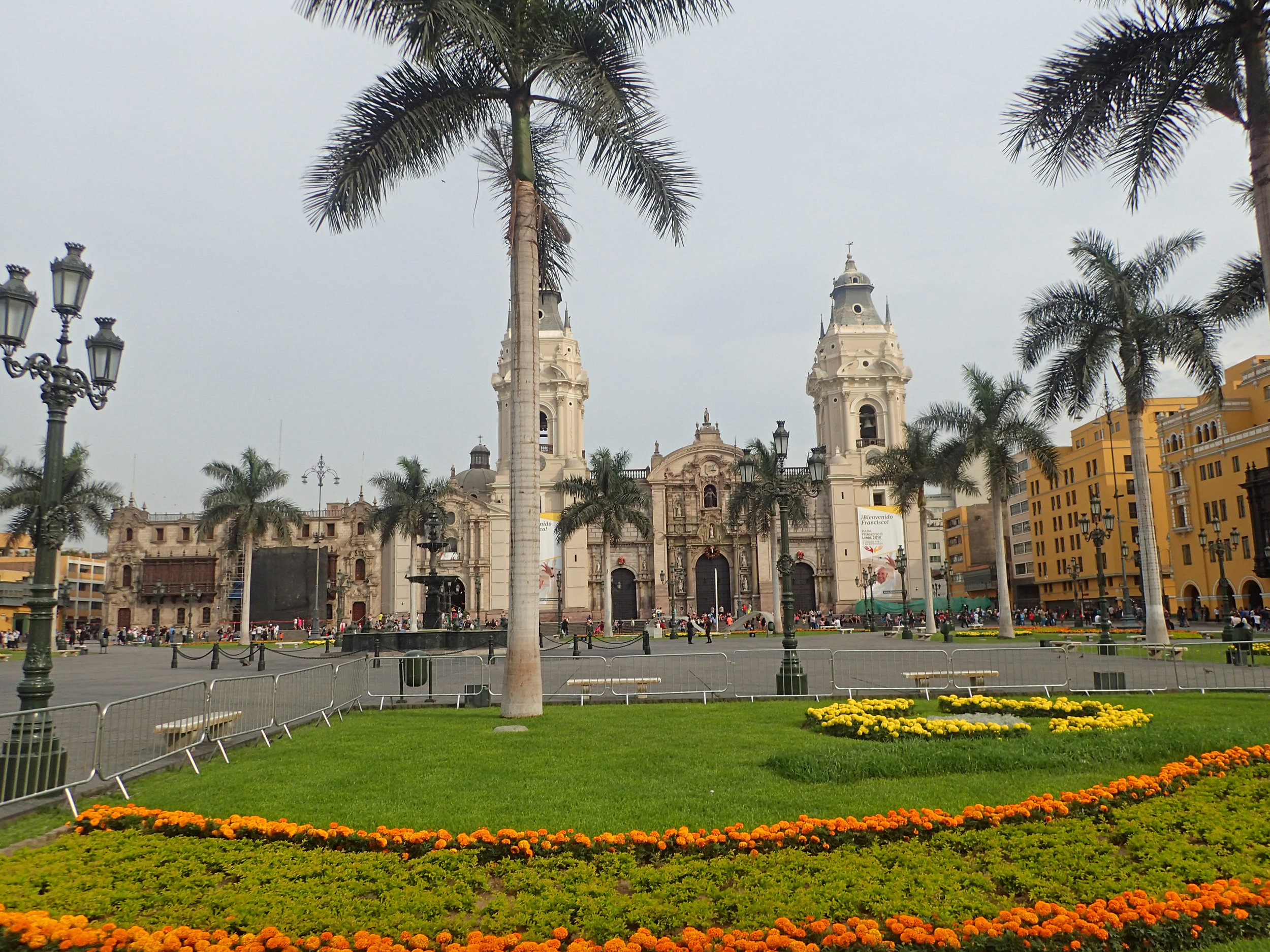 Lima's main plaza 1-6-18.jpg