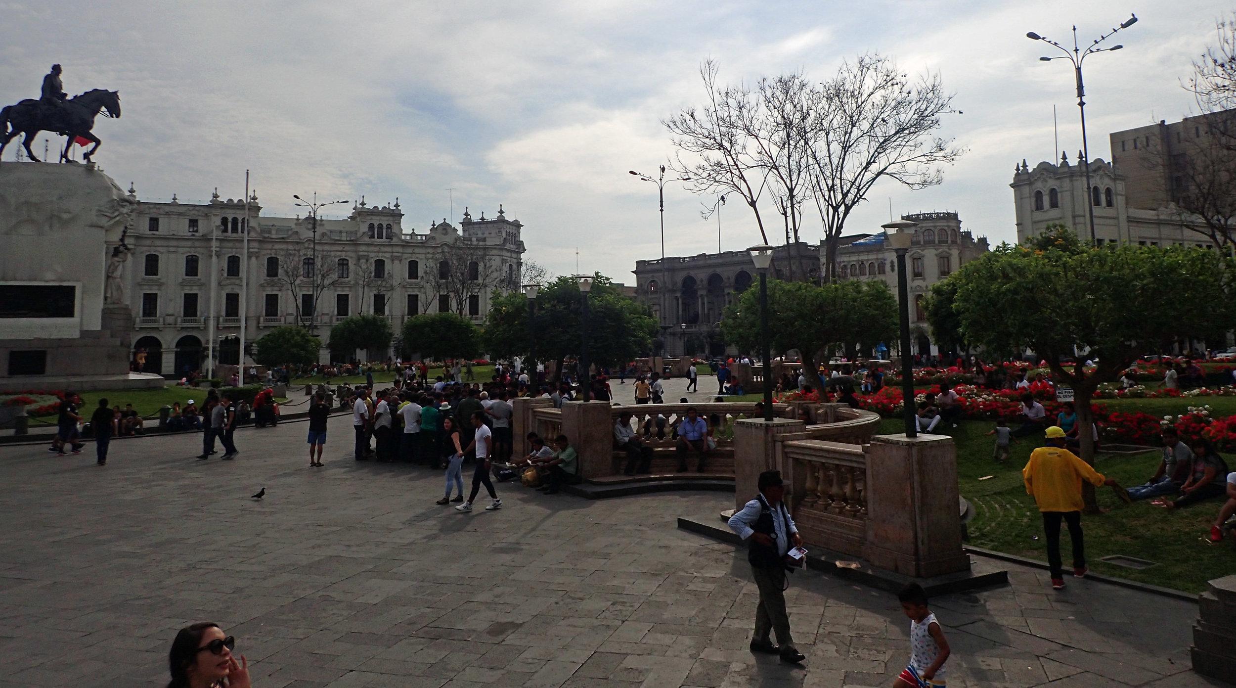 Plaza San Martin.jpg