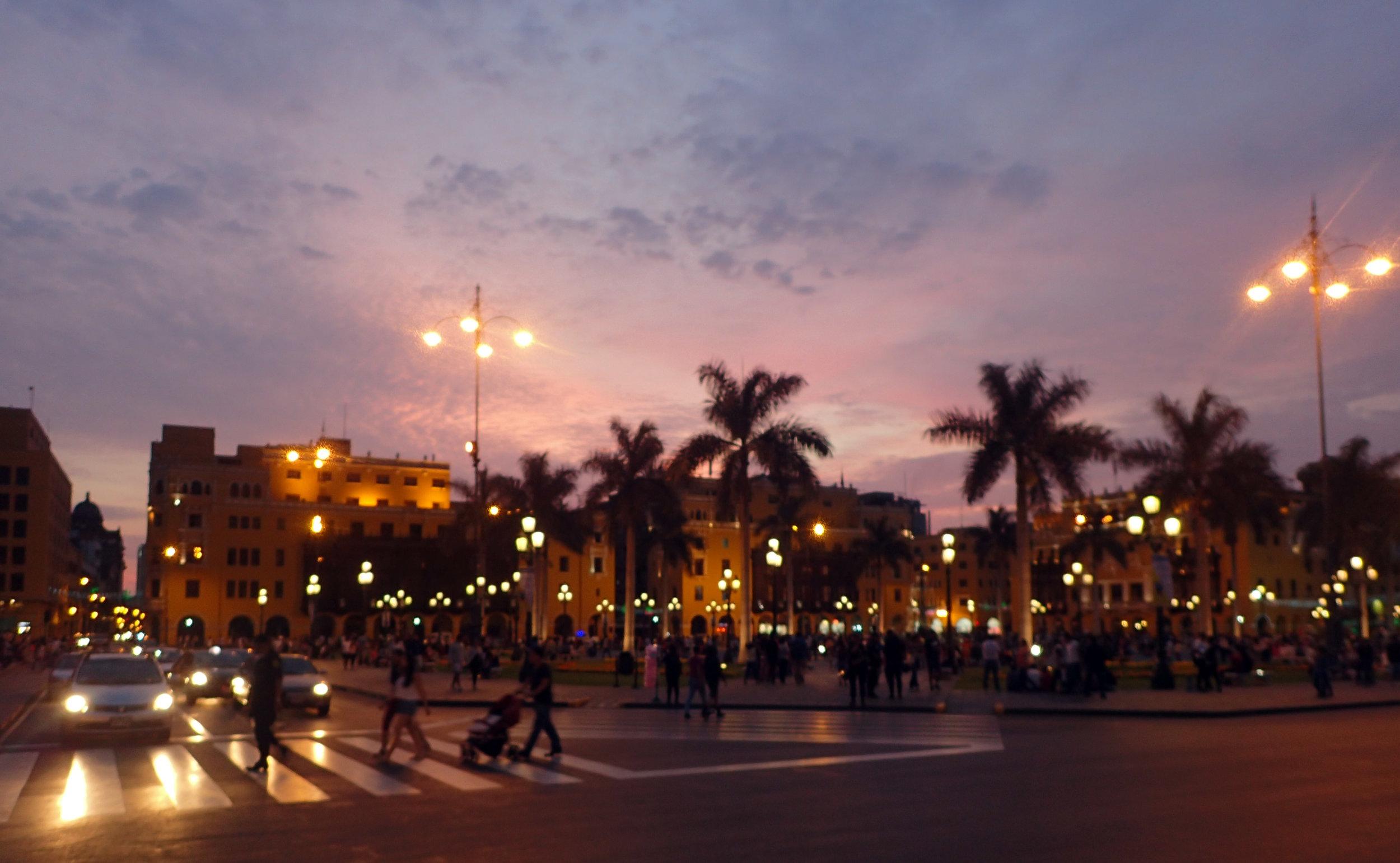 nighttime in Lima.jpg