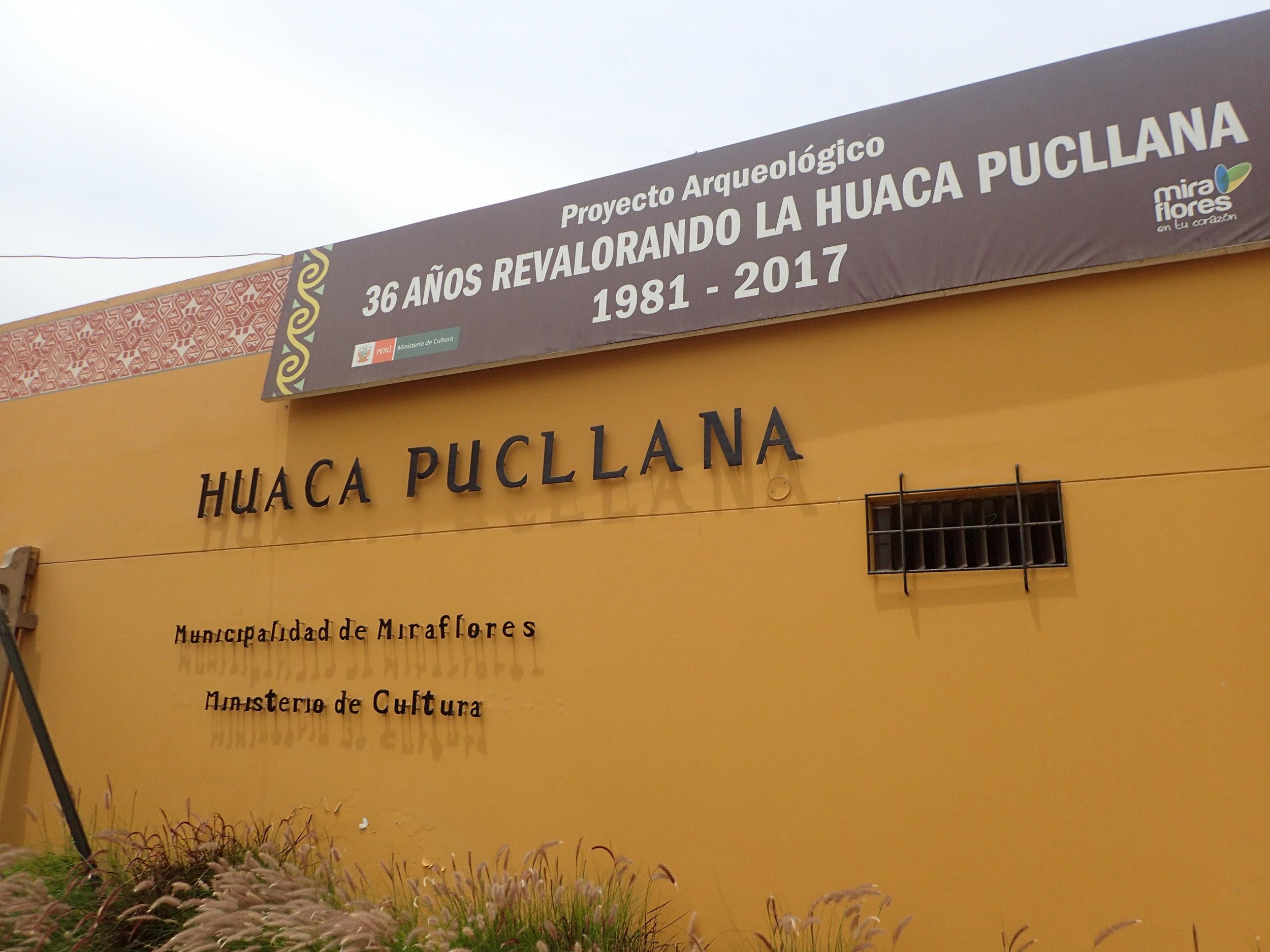 Huaca Pucllana caja.jpg