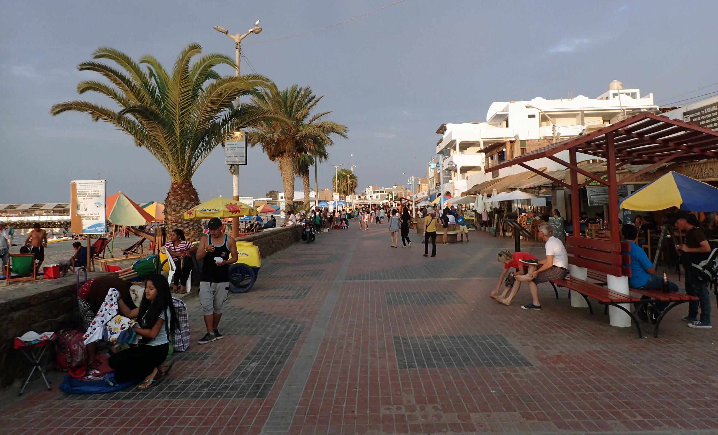Paracas Malecon.jpg