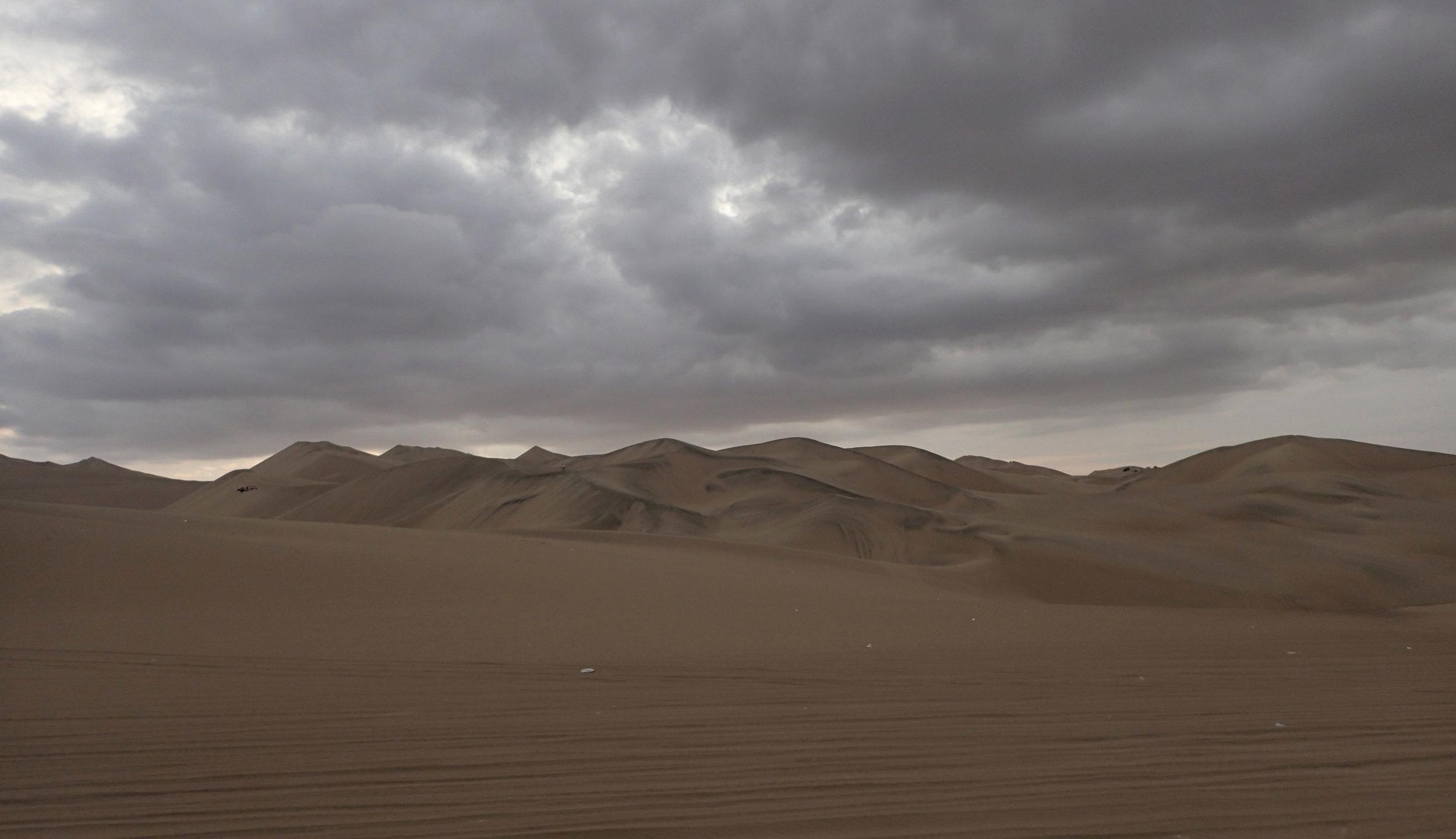 good dunes shot-Huacachina.jpg