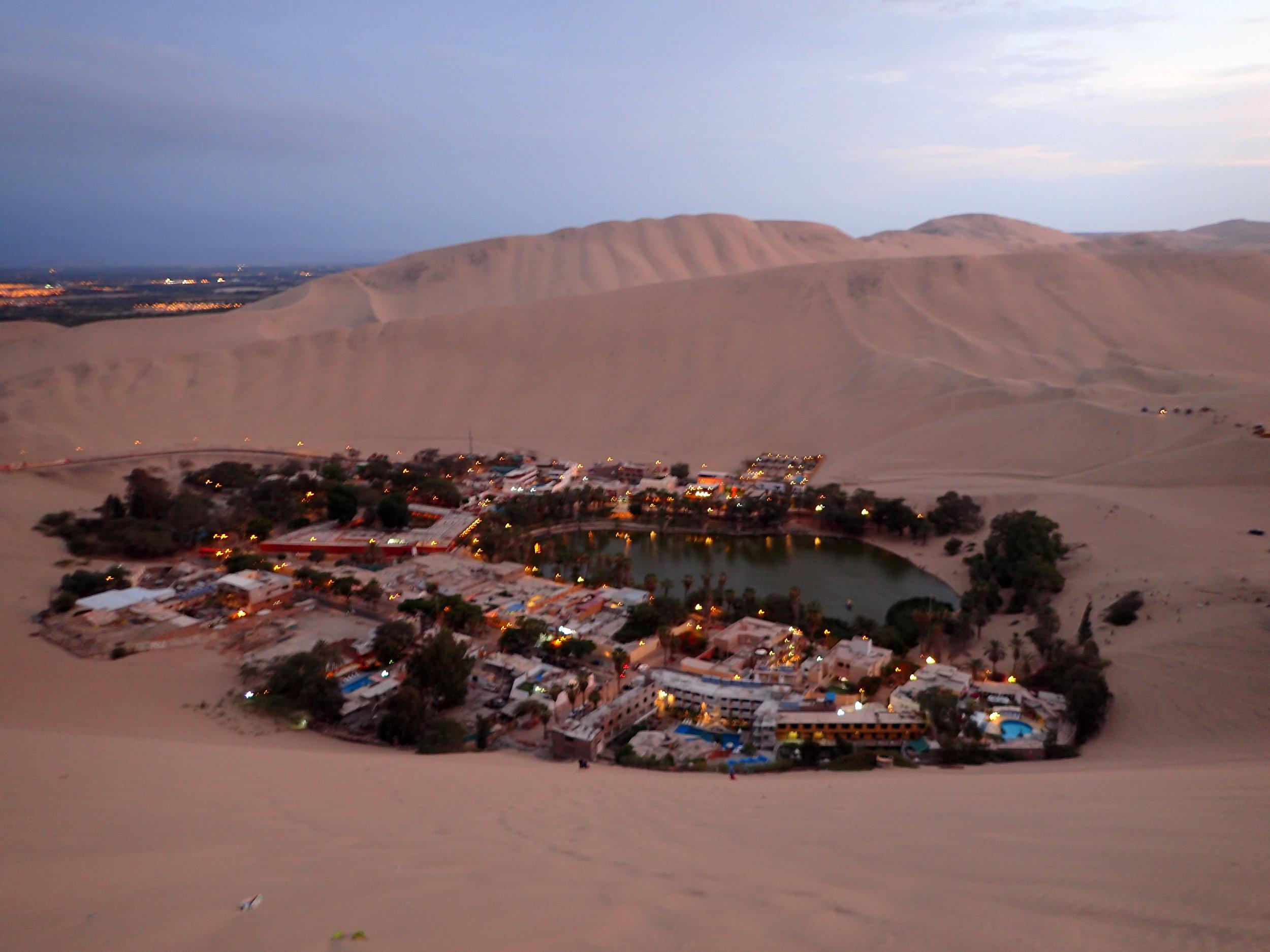 Huacachina at sunset.jpg