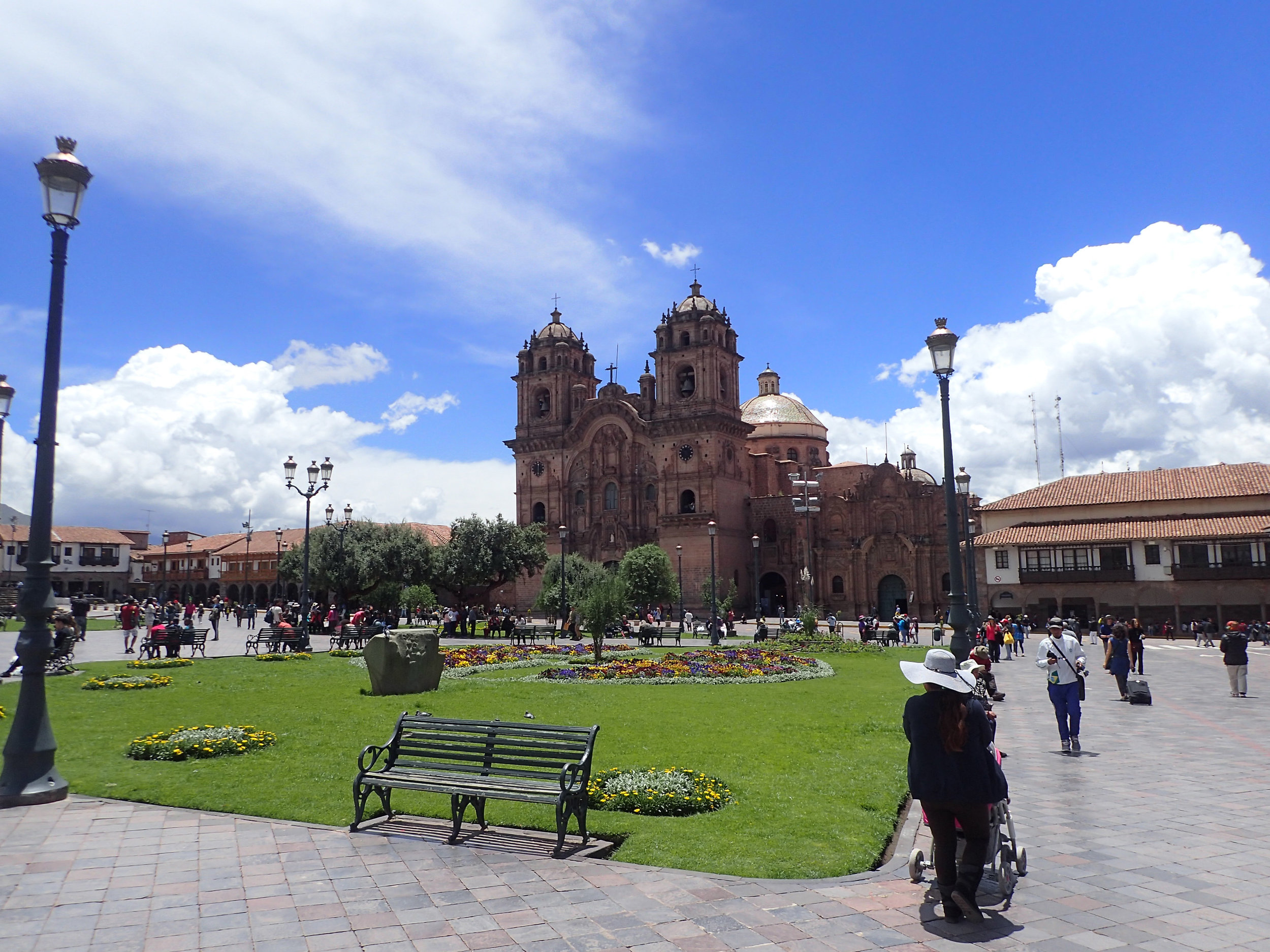 Cuzco main plaza.jpg