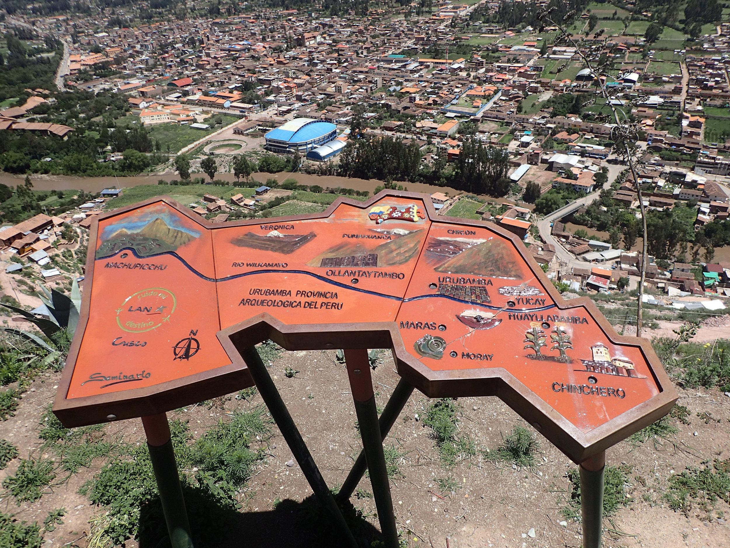 Urubamba from lookout.jpg