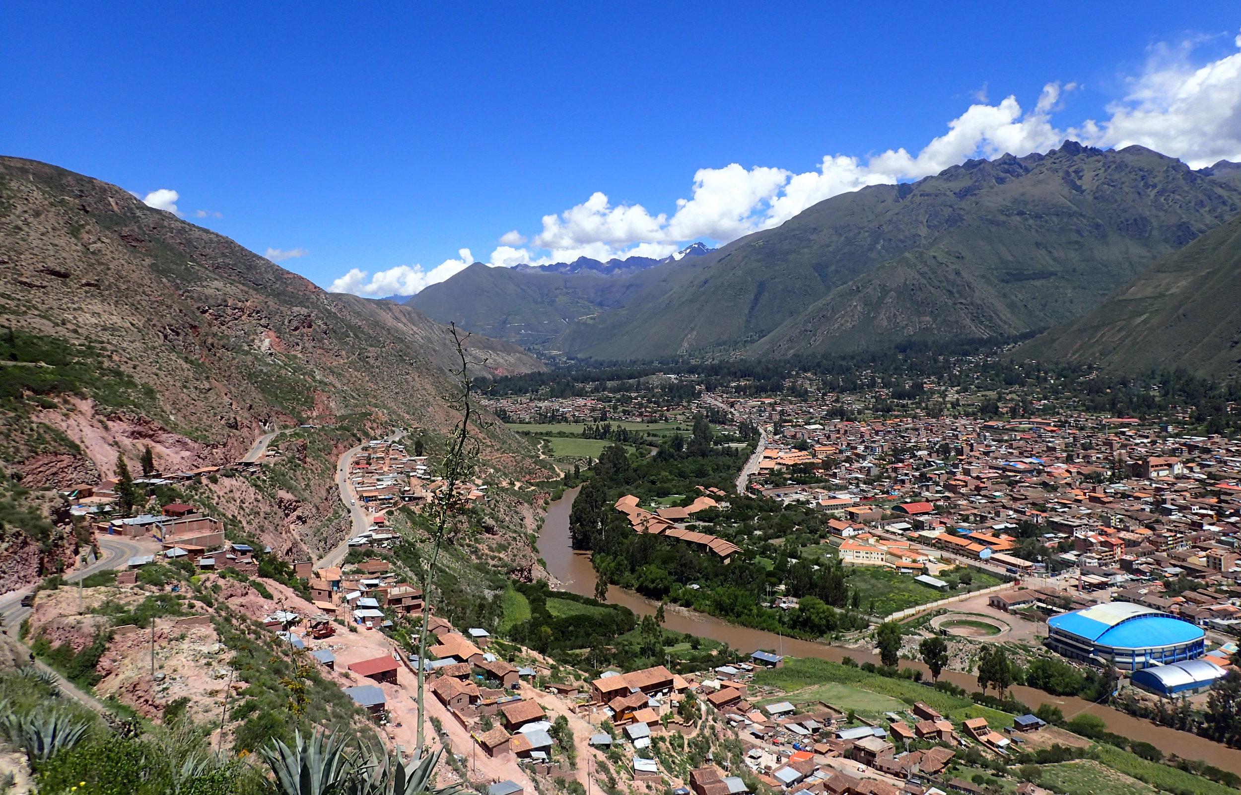 Urubamba town and river.jpg