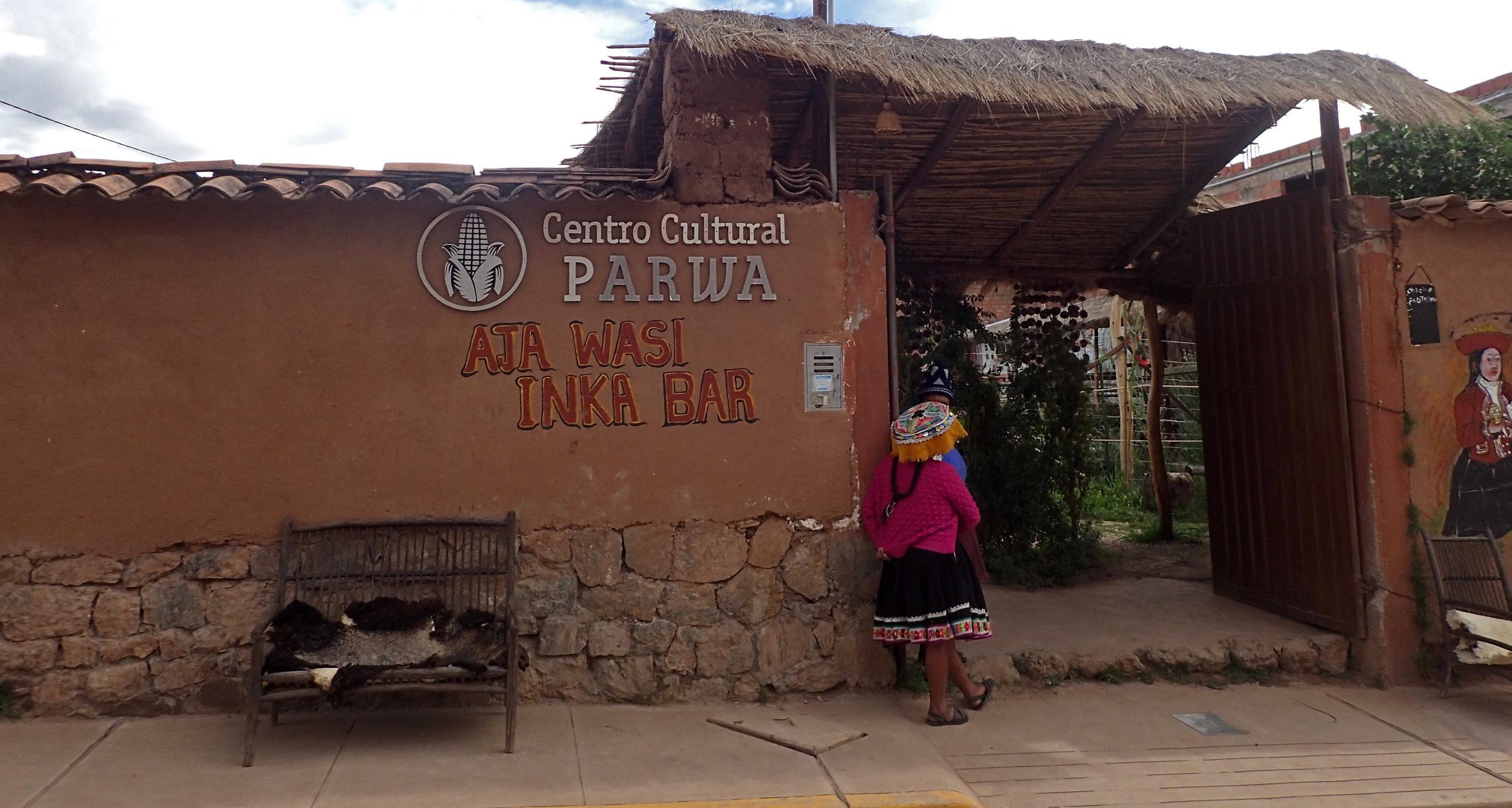 Centro Cultural Parwa.jpg
