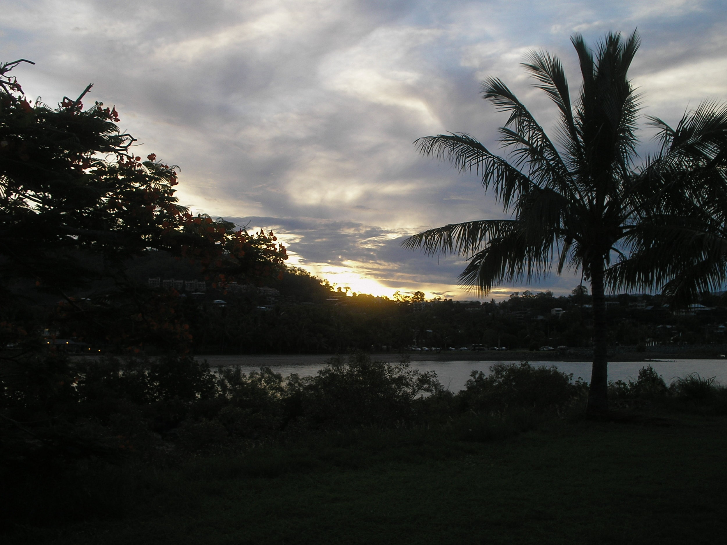 airlie beach sunset.JPG