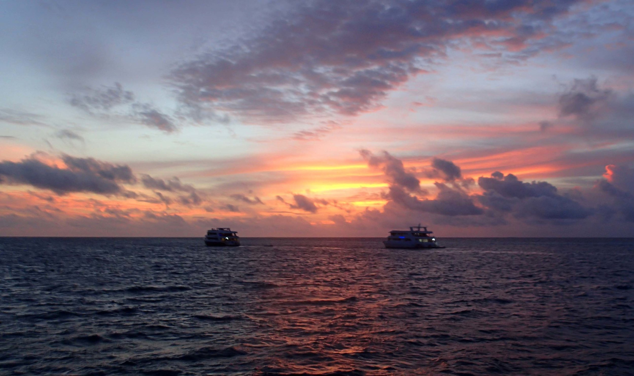 Indian Ocean sunset.jpg