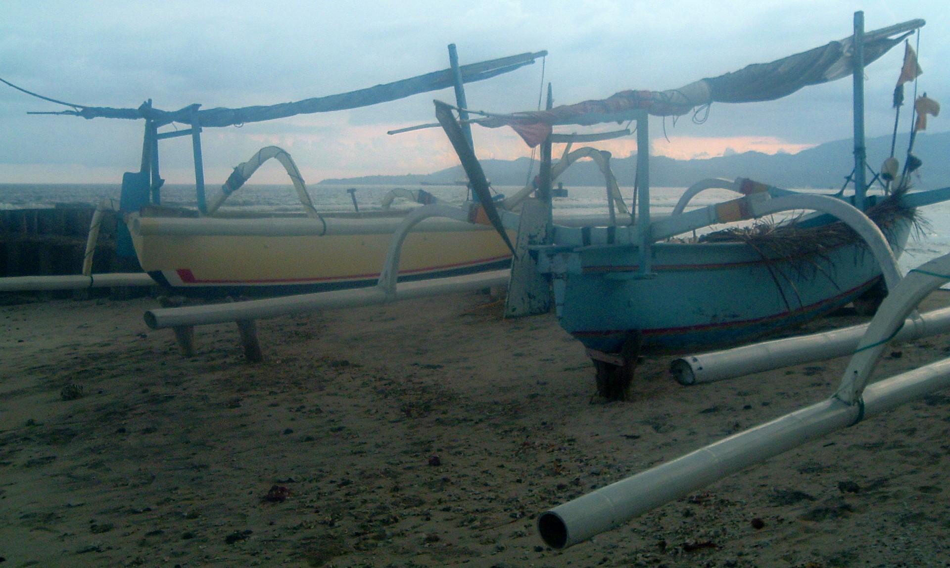 balinese boats.JPG