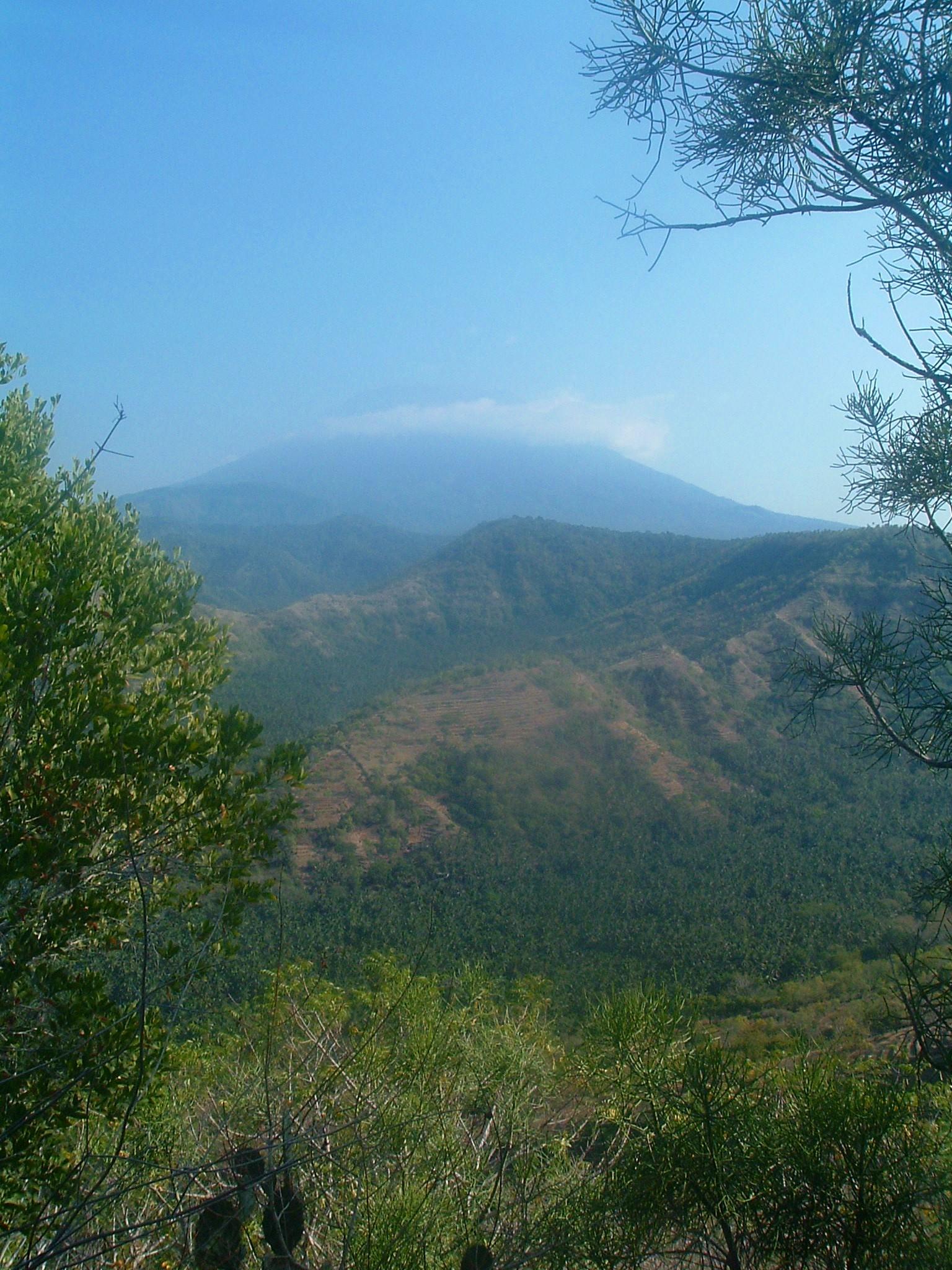 agung volcano.JPG