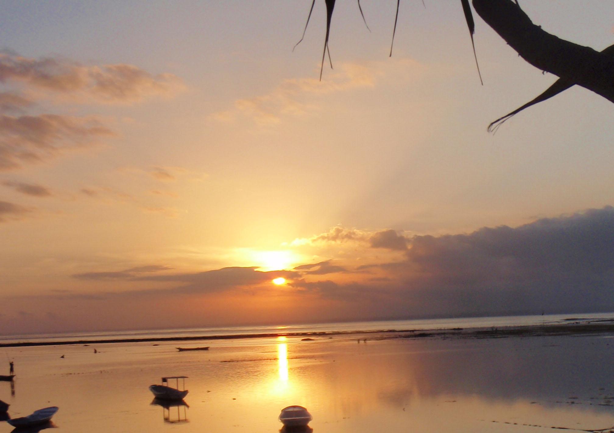 Nusa Lembongan sunset.jpg