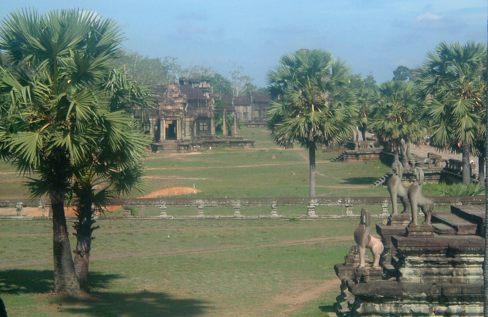 angkor grounds.JPG