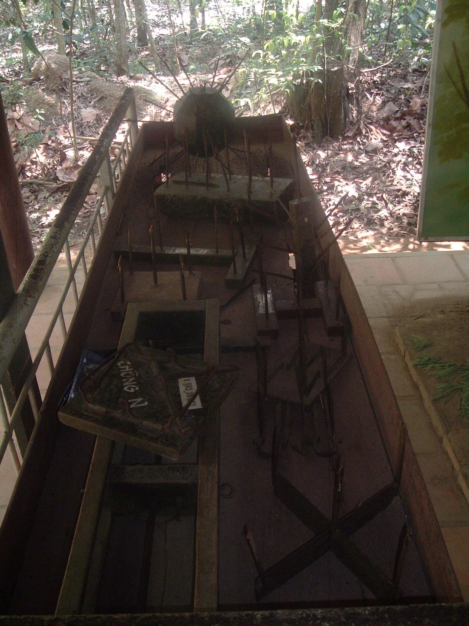 vietnamese booby traps.JPG