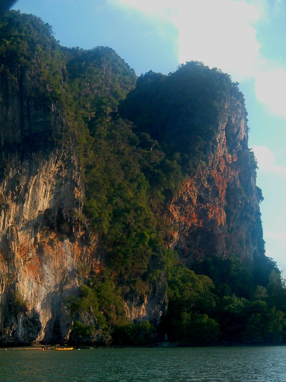 krabi cliffs.JPG