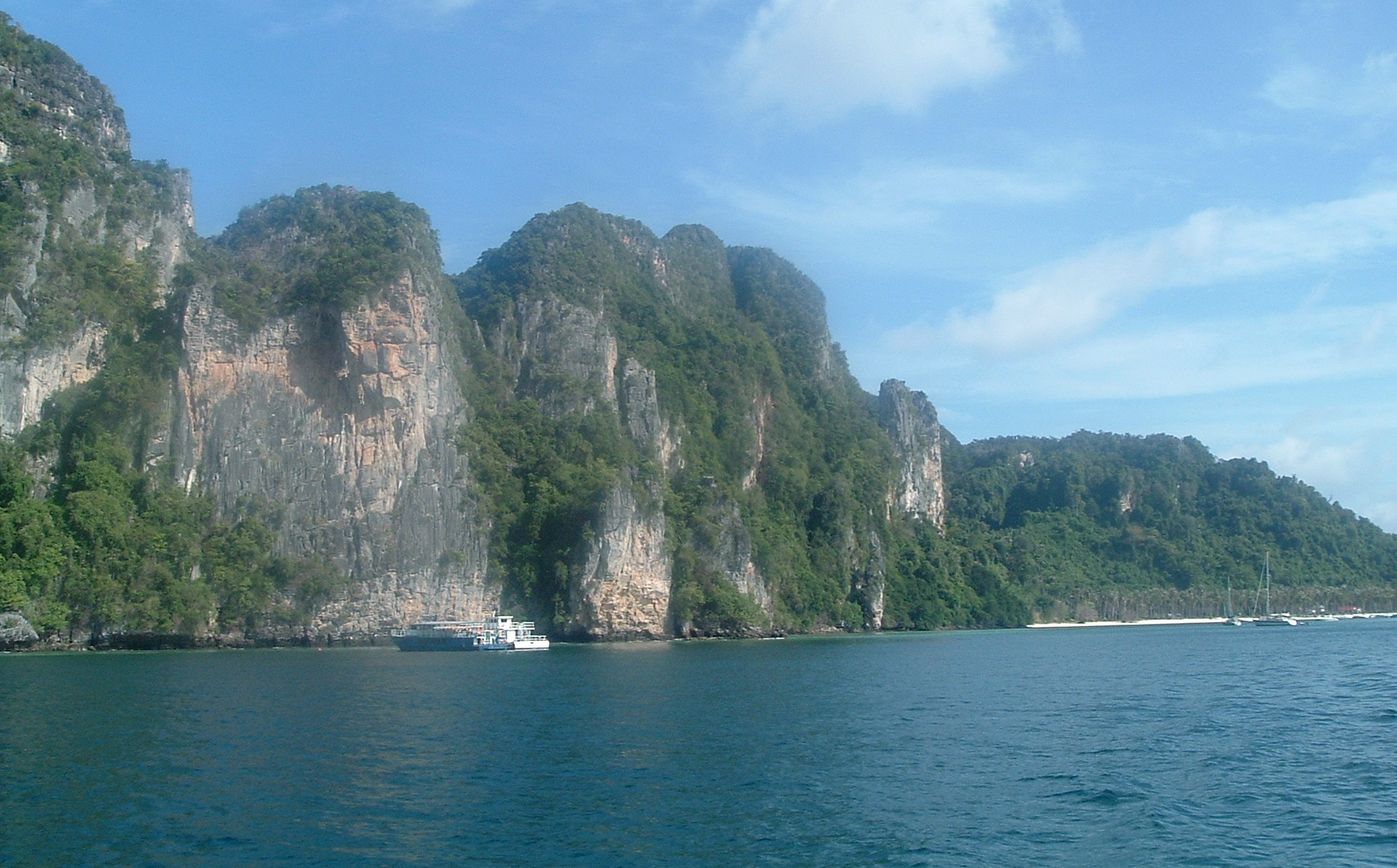 kophiphi dive sites.JPG