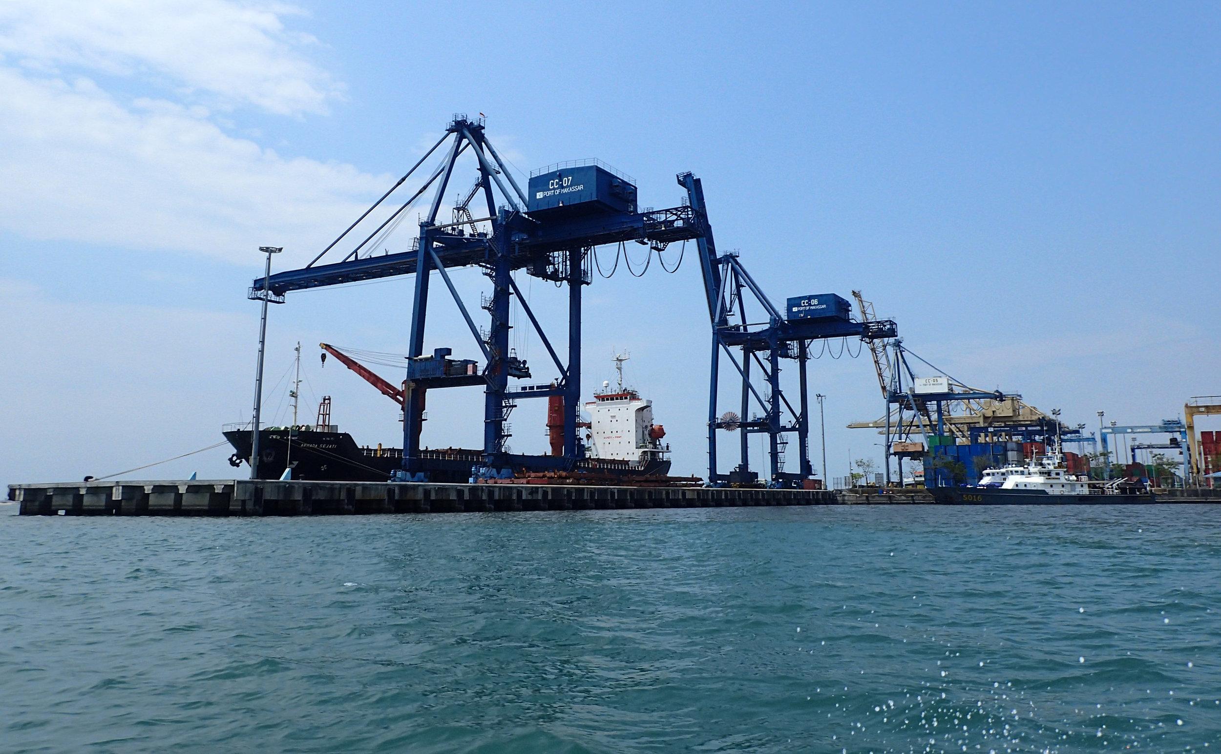 Makassar container port.jpg