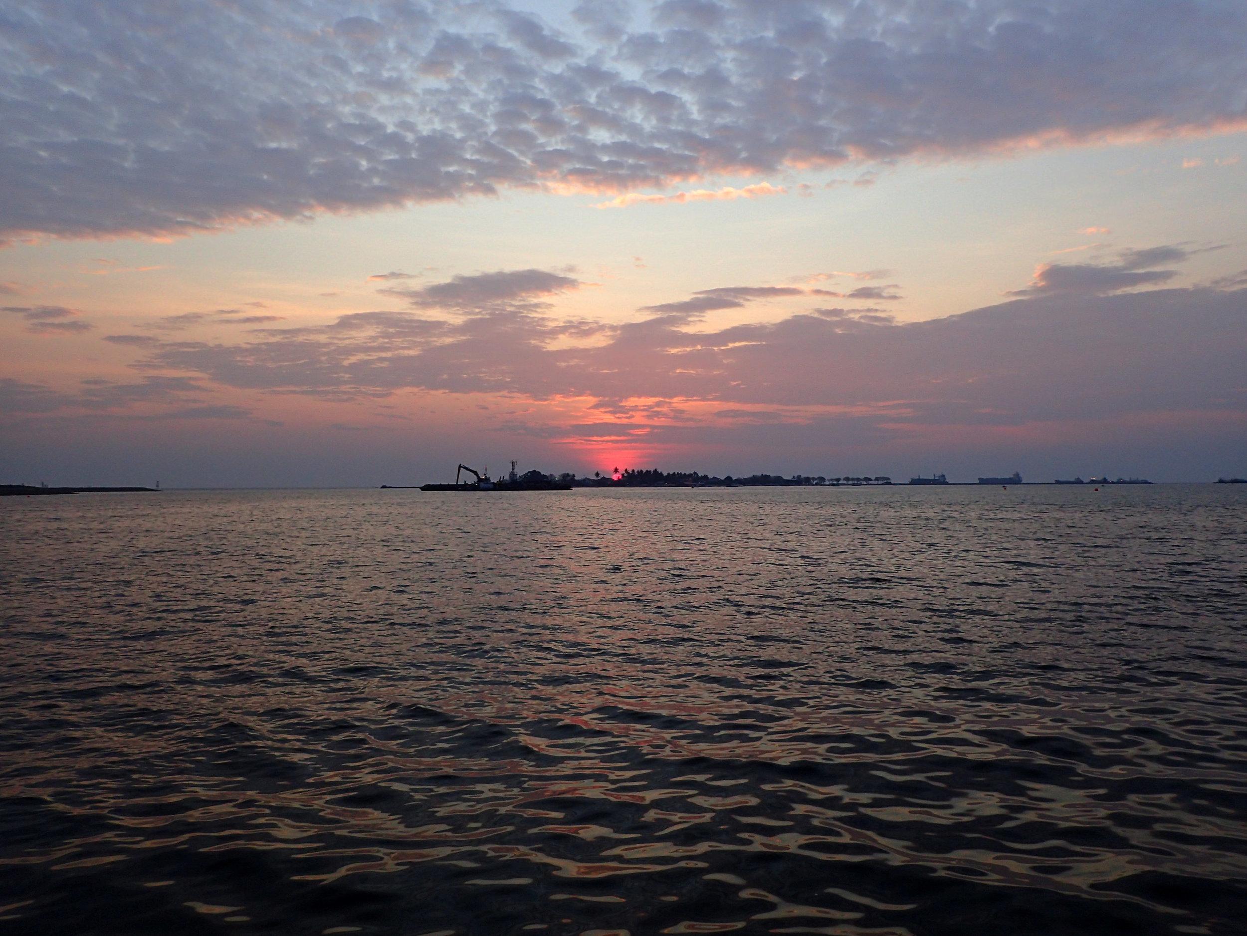 Makassar sunset 2.jpg
