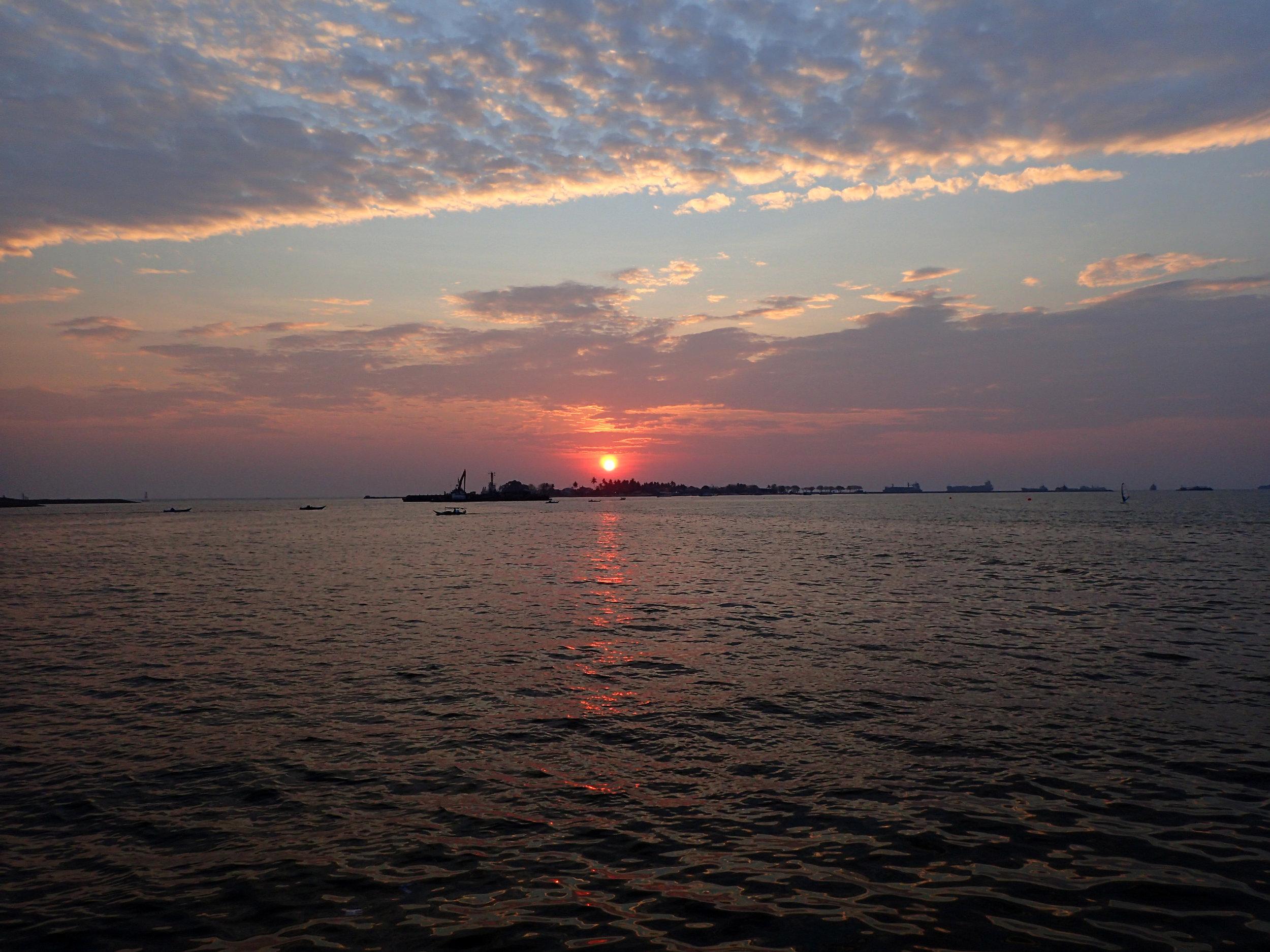 Makassar sunset.jpg