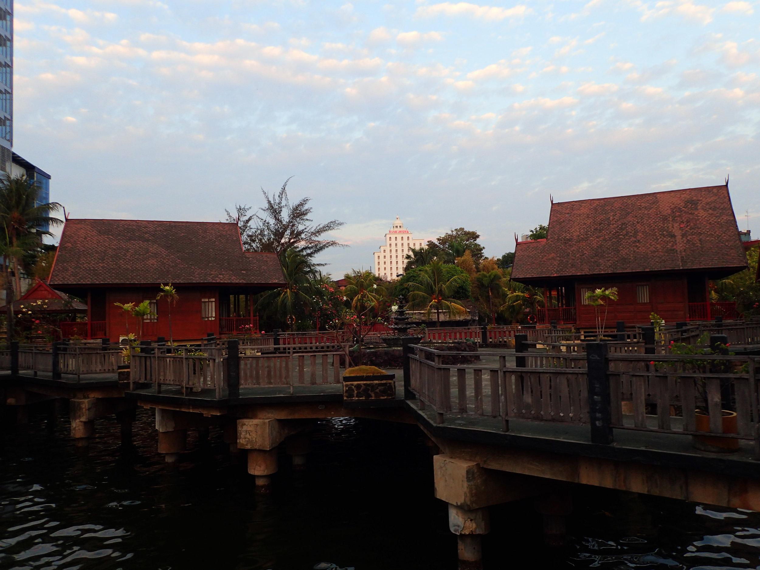 1st Makassar sunset.jpg