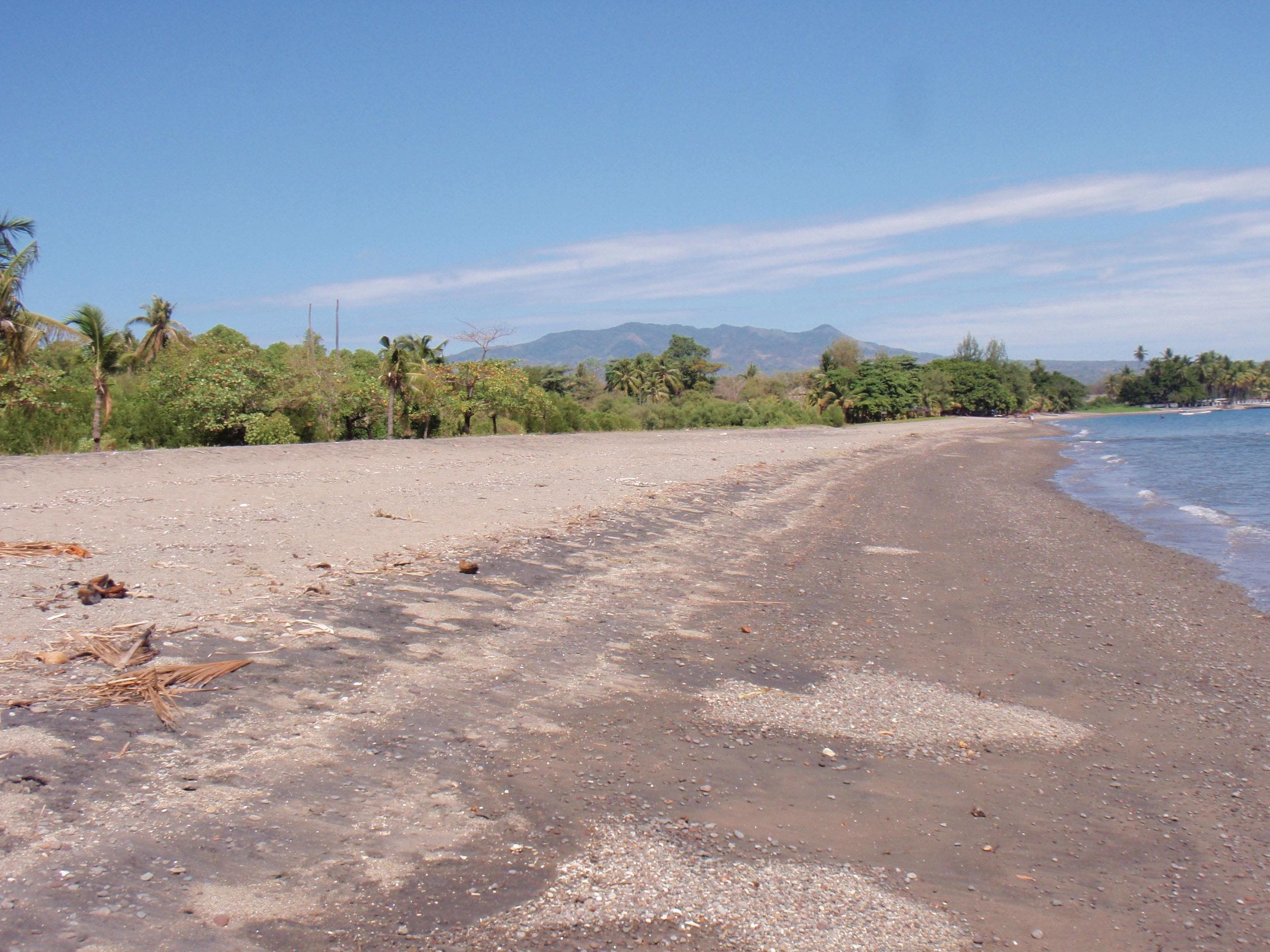 deserted beach Flores.jpg