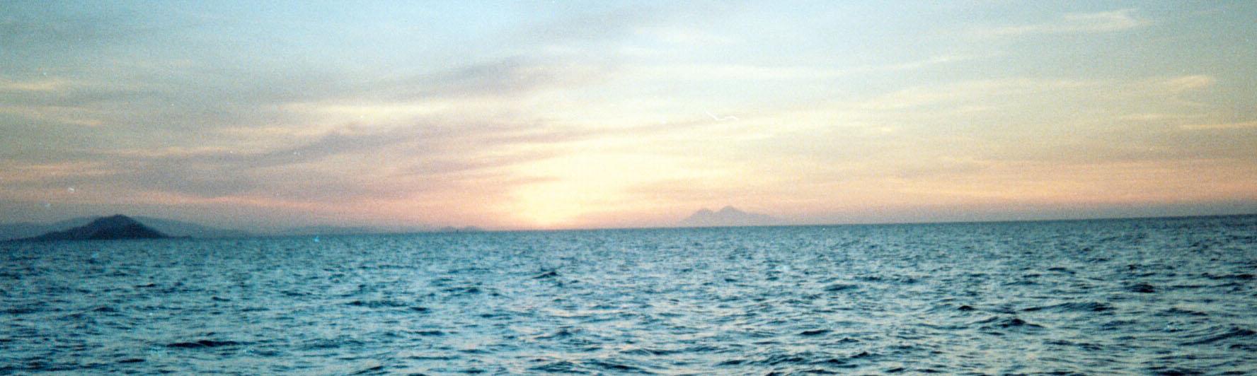Labuanbajo sunset.jpg