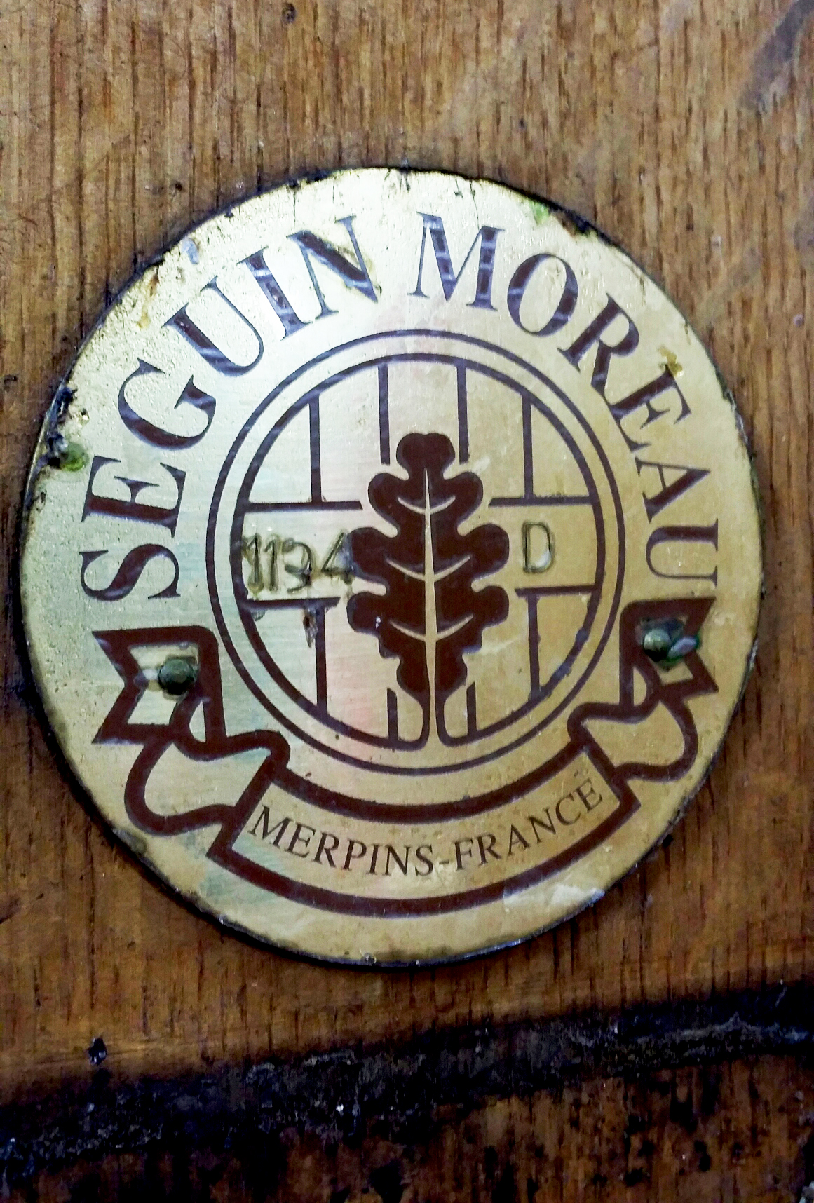 Seguin Moreau's craftsmanship seal.