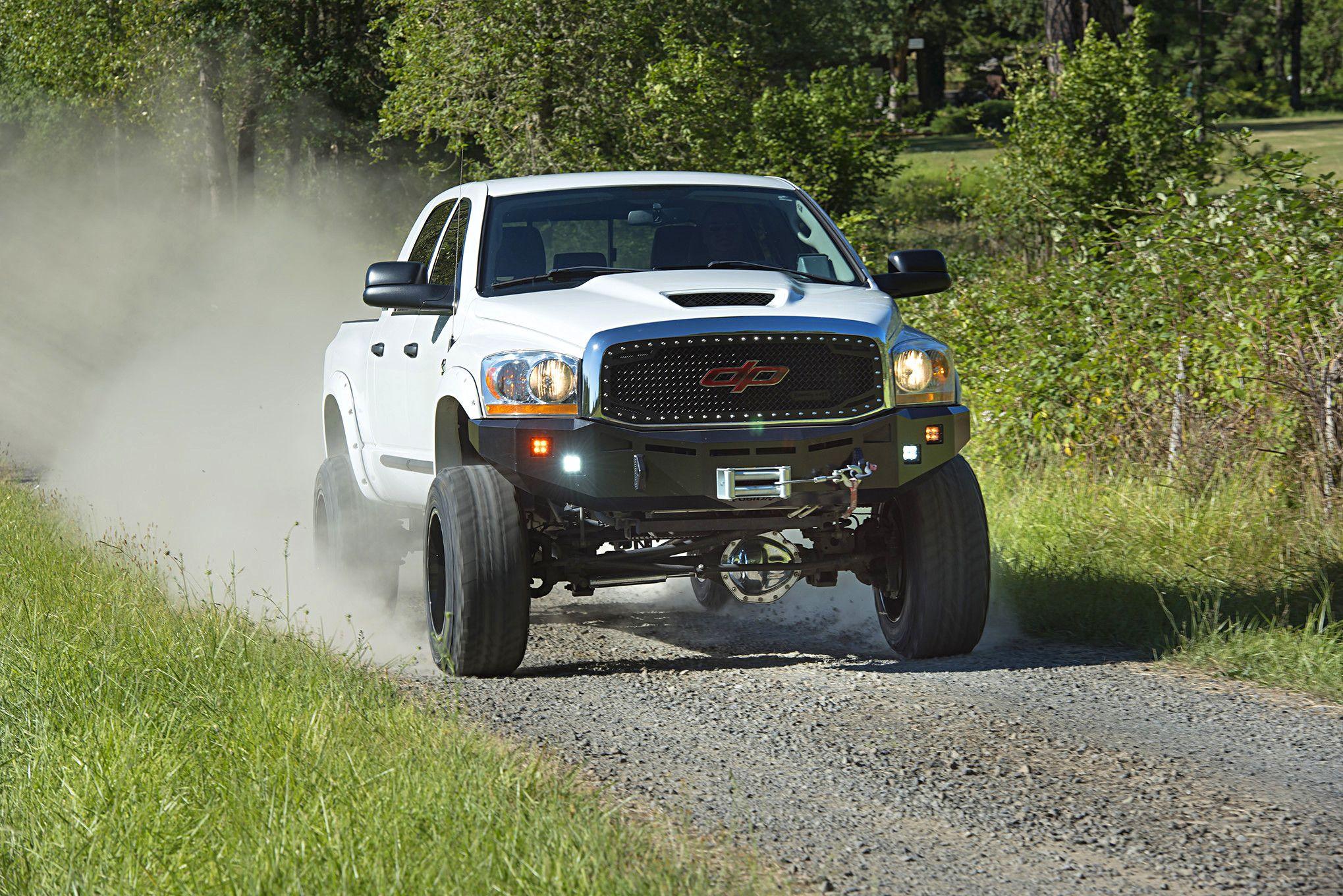 2006-dodge-ram-3500-dunks-white-knight-driving.jpg