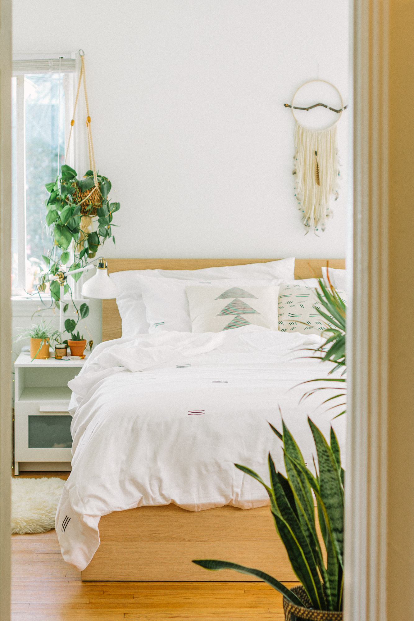 My Boho Bedroom Inspo Black Blooms