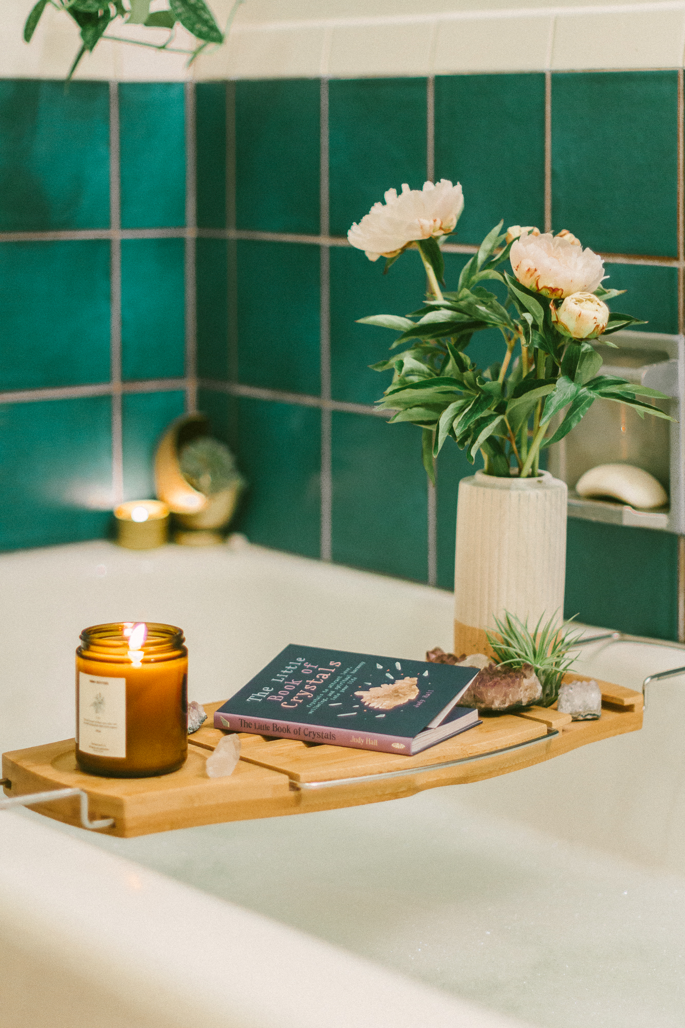 boho bathroom 23
