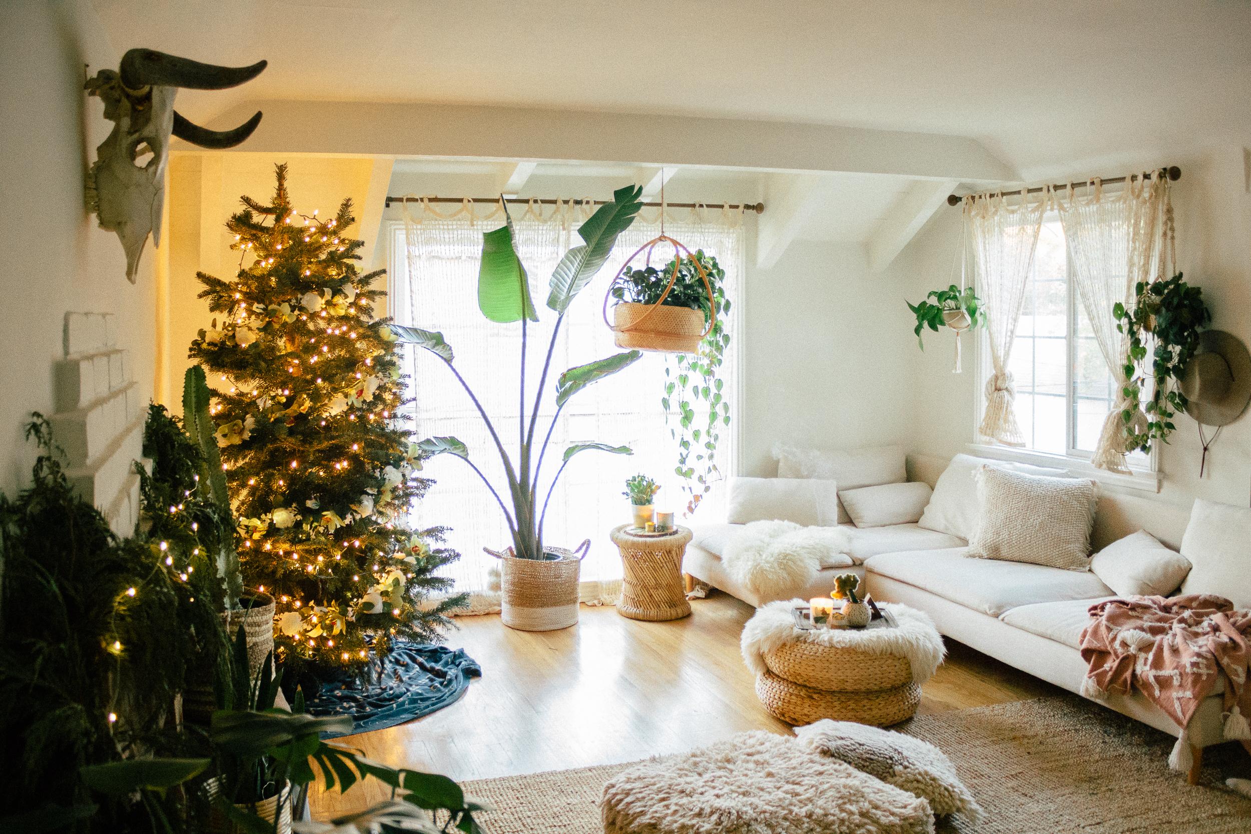 floral christmas tree 2