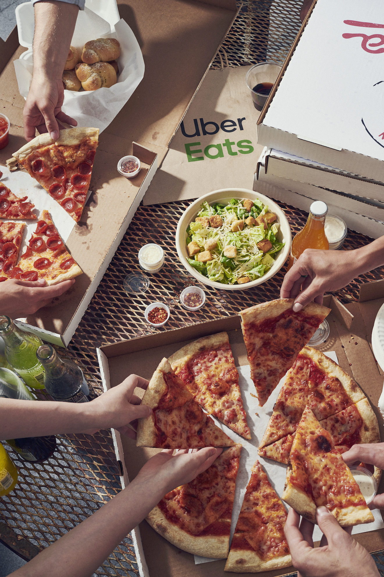 190629_JS_UberEats_RooftopParty_2833.jpg
