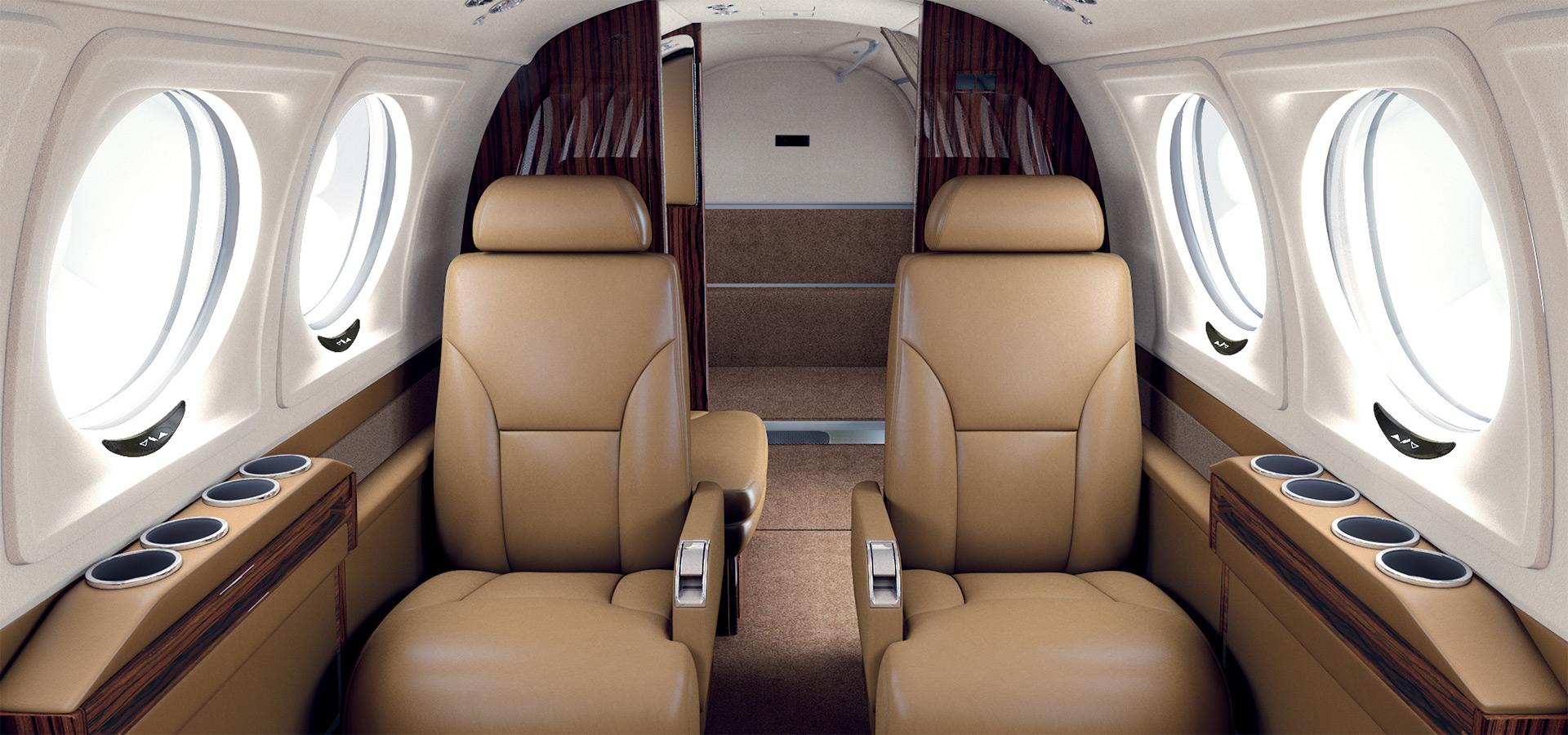 king air 250 1.jpg