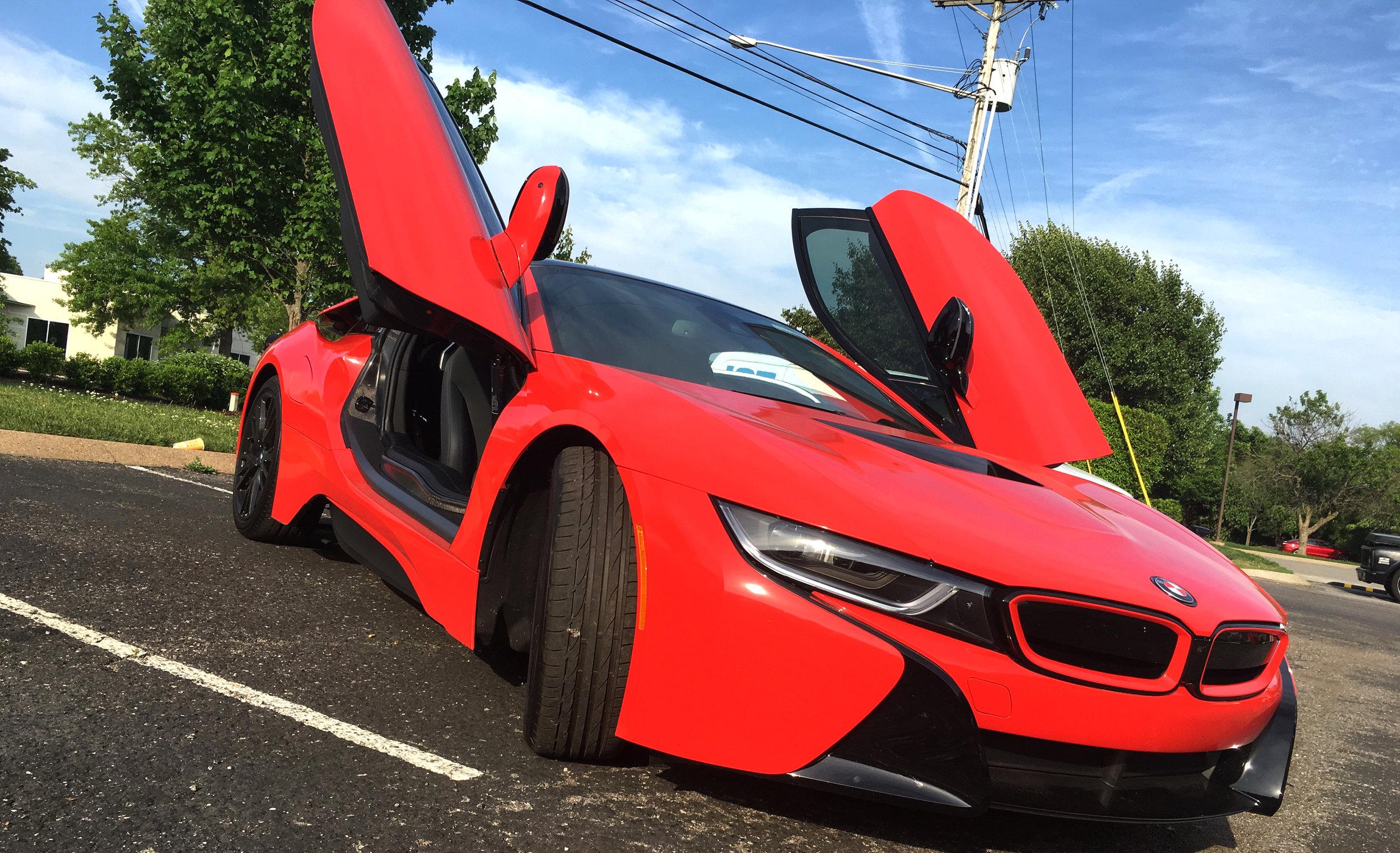 BMW i8 gloss red 3M wrap