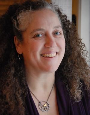 Lisa Arhontes-Marshall, Queen Bee. Beehive Development
