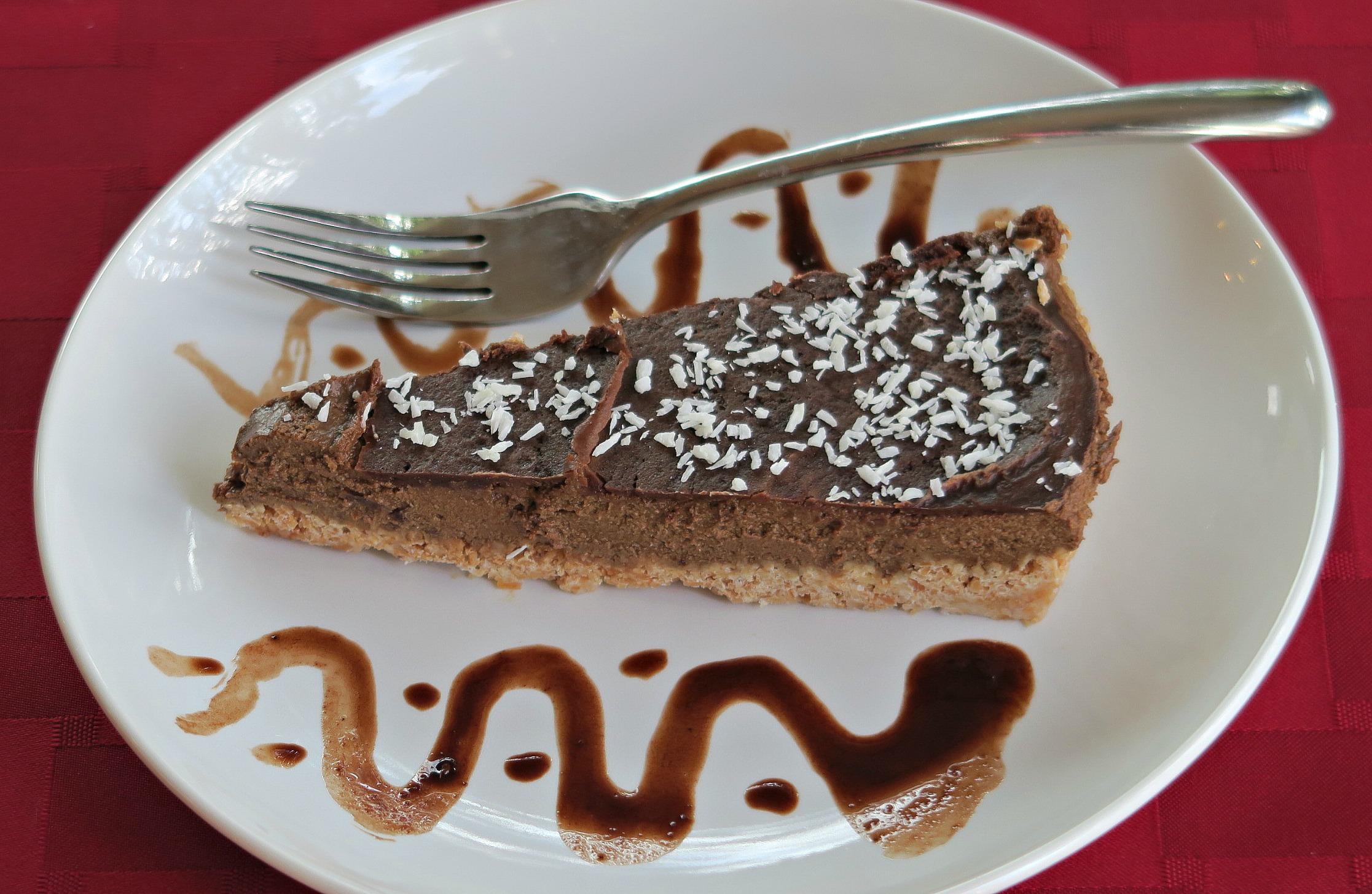 coconut-chocolate-mousse-pie1.jpg