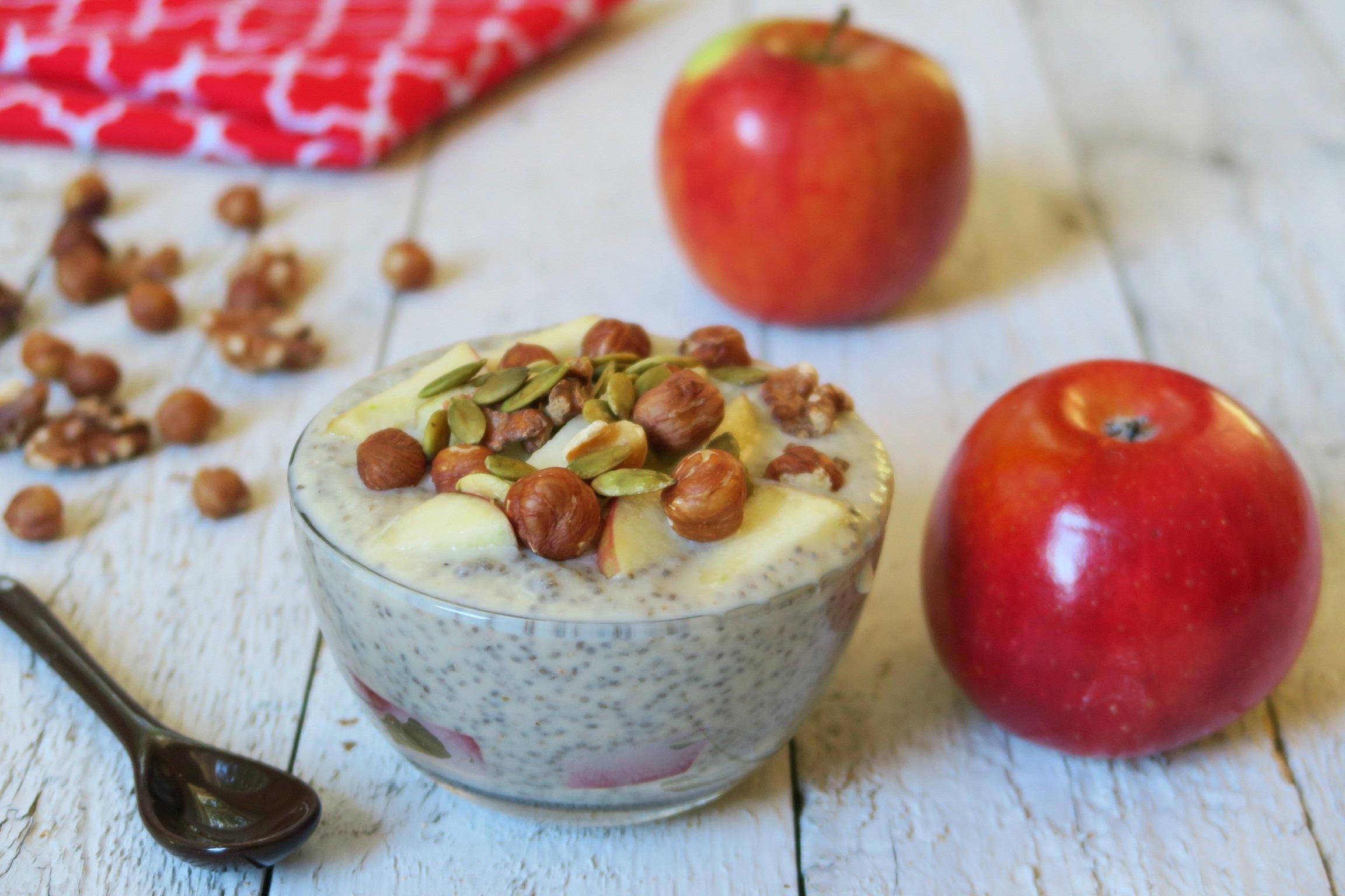 apple-chia-pudding1.jpg