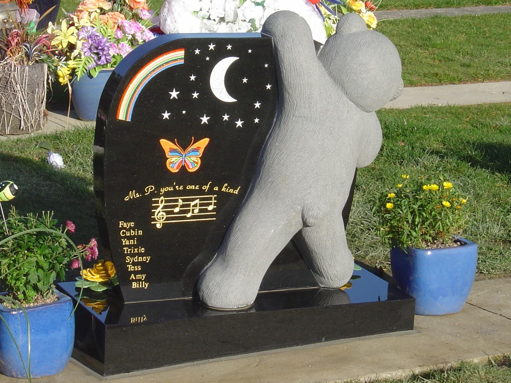 Teddy Bear Headstone. Inlay. Black Granite (1).jpg