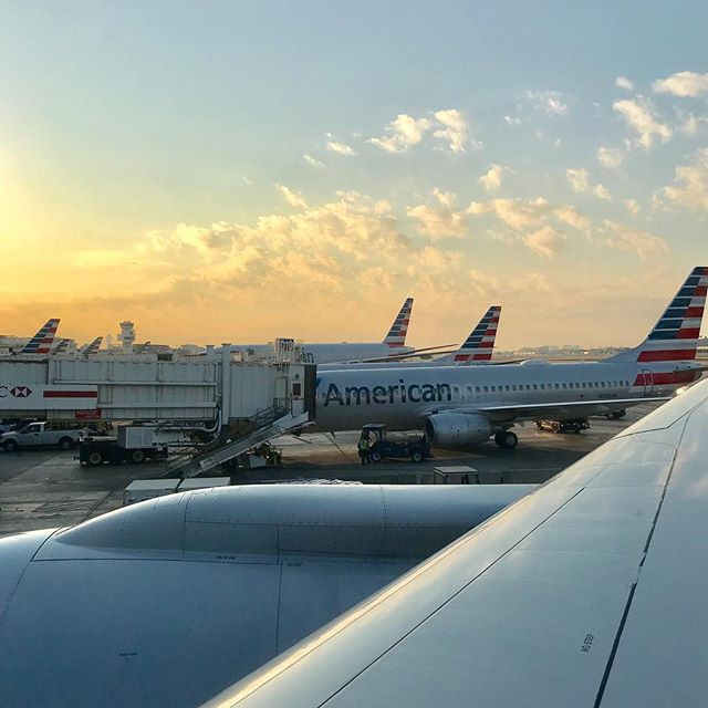 Wing-view Wednesday never looked soo good! #wingviewwednesday #flight #planespotting #megaplane #boeing #772 #AmericanAirlines #AA #avgeek #aviation #instagramaviation #airport #MIAairport #flying #aircraft #av1ati0n #MIAtoLAX #spotter #traveler #frequentflyer #thepointsguy #SamChui #SamChuiPhotos #travel #legroom #travelling #travelwriter #wanderlust #PremiumEconomy