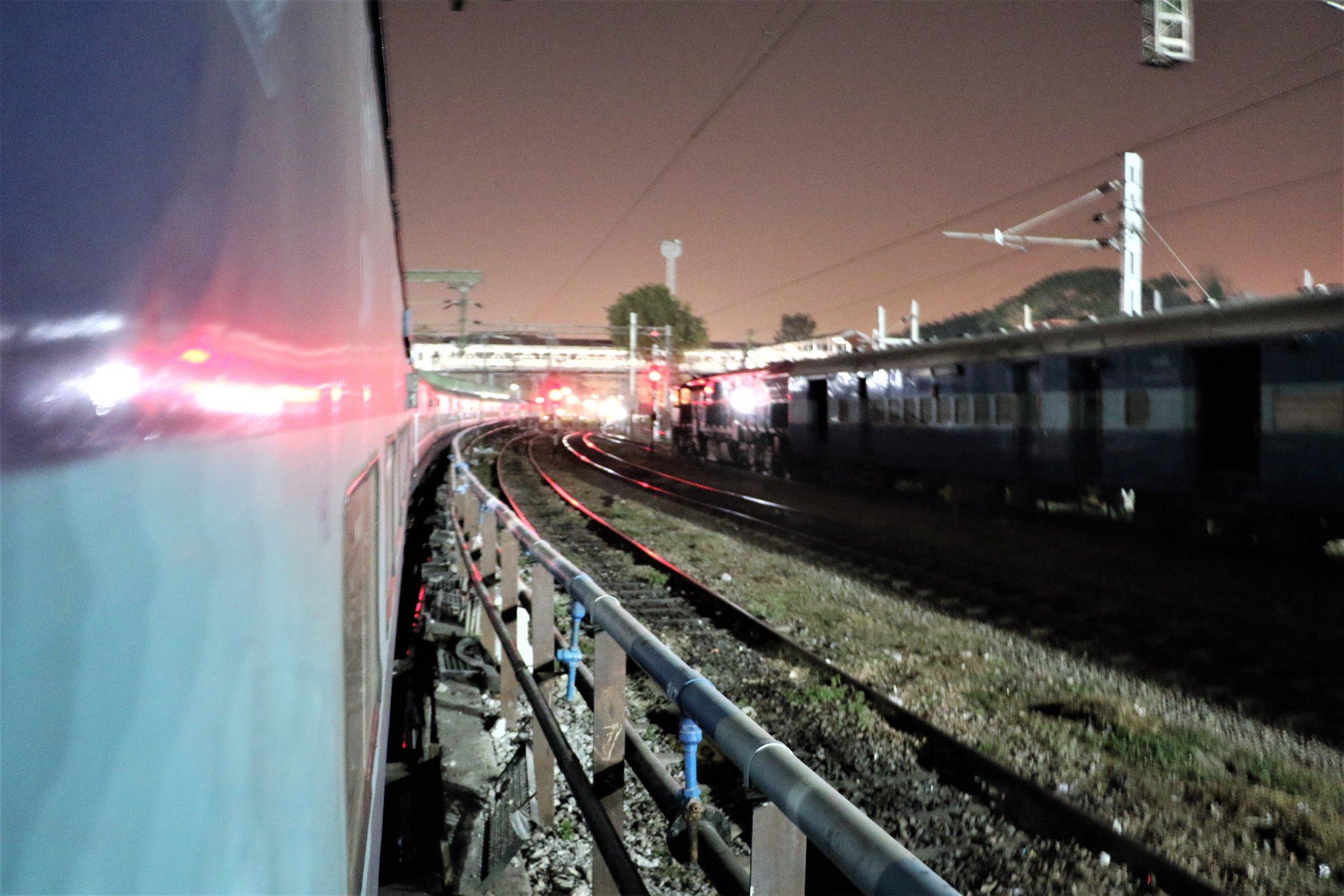 Leaving at night for Mangalore - Kannur Express.jpg
